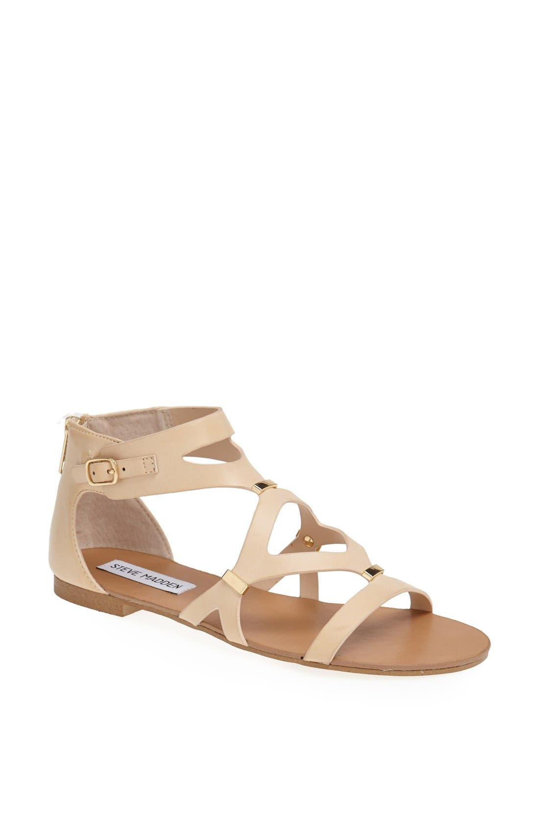 Alternate Image 1 Selected - Steve Madden 'Comma' Sandal