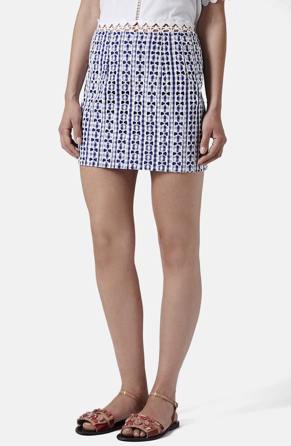 Main Image - Topshop Lace Gingham Pelmet Skirt (Petite)