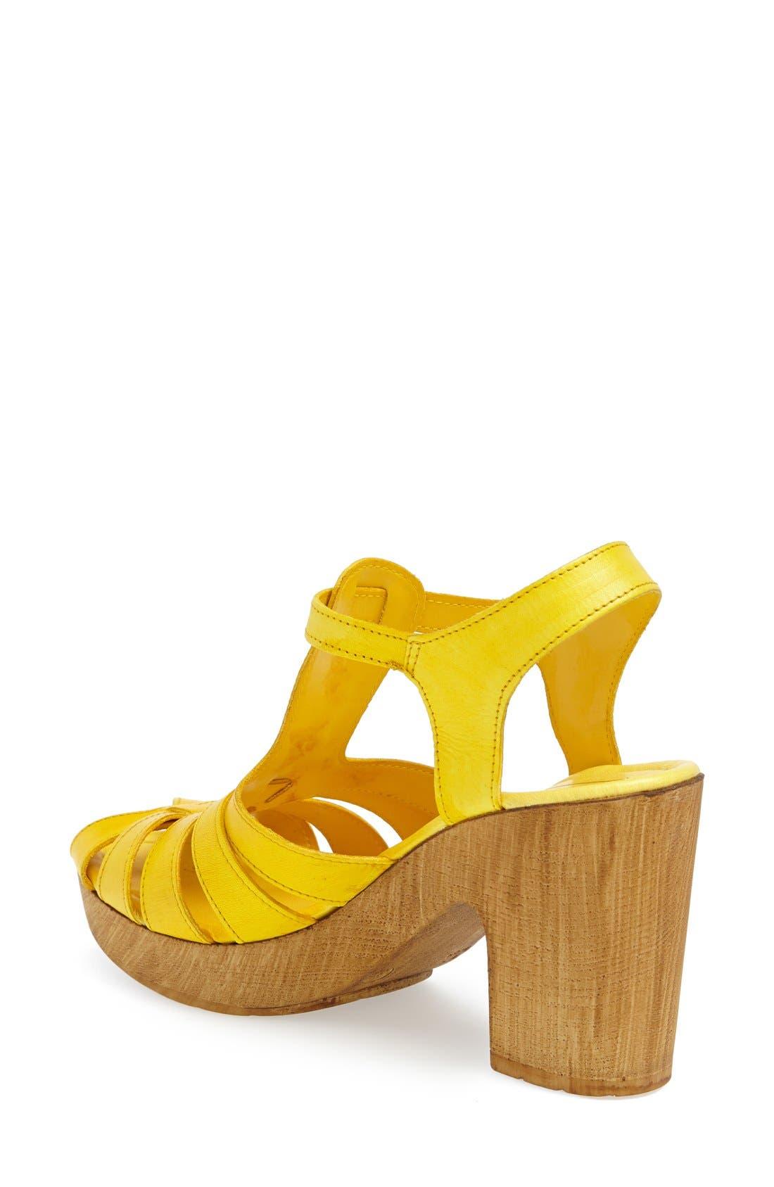 Alternate Image 2  - Topshop 'Notch' Strappy Sandal (Women)