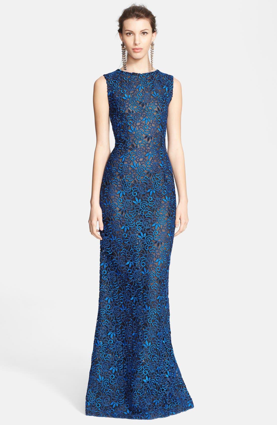 Main Image - Oscar de la Renta Embroidered Silk Column Gown