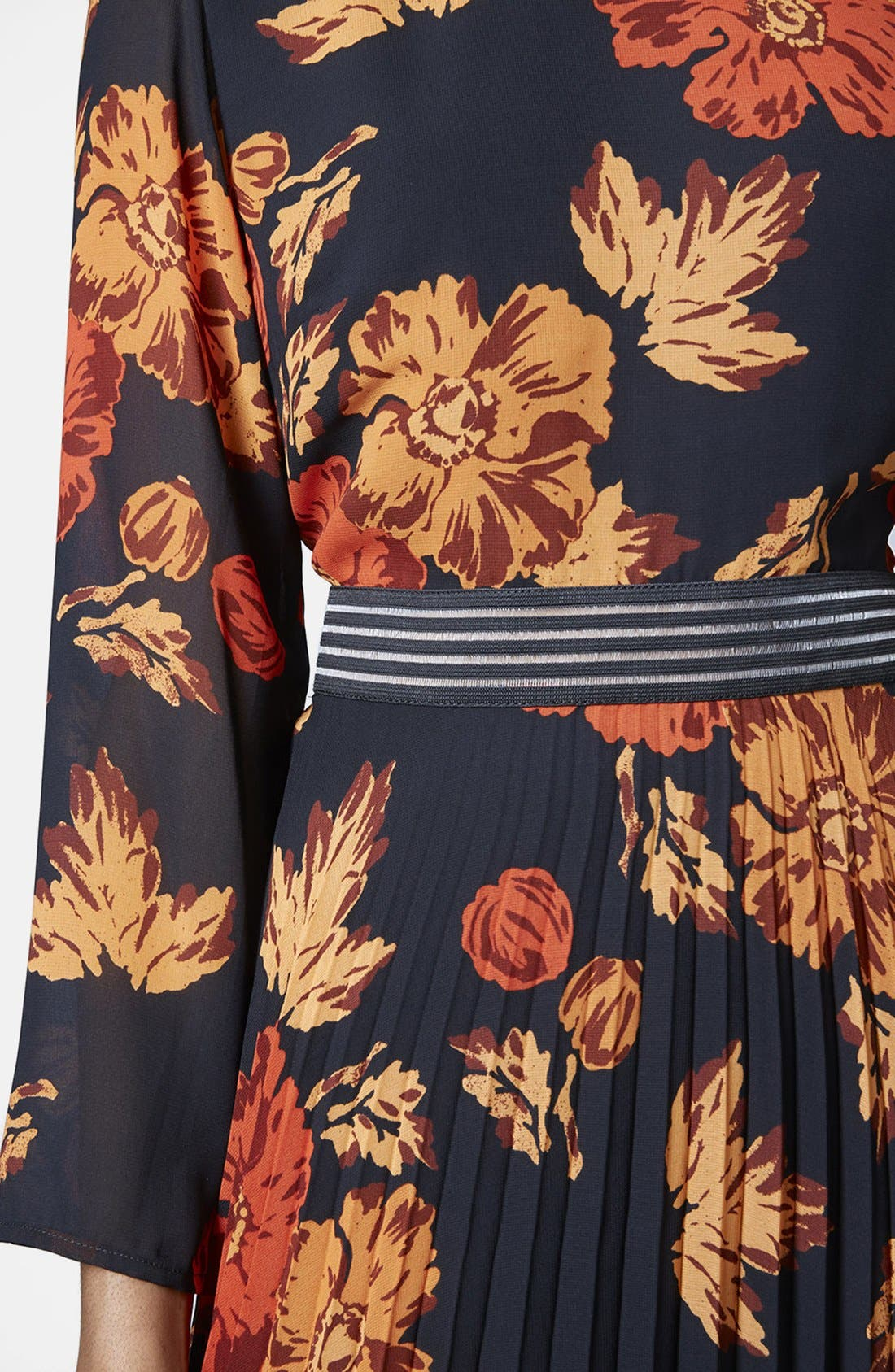 Alternate Image 4  - Topshop 'Bloomsbury' Floral Print Midi Dress