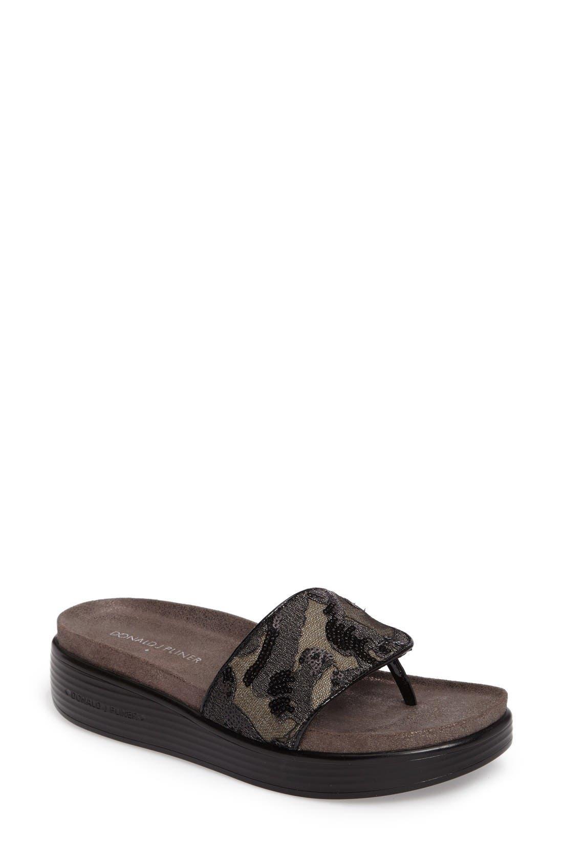 Donald J Pliner 'Fifi' Slide Sandal (Women)