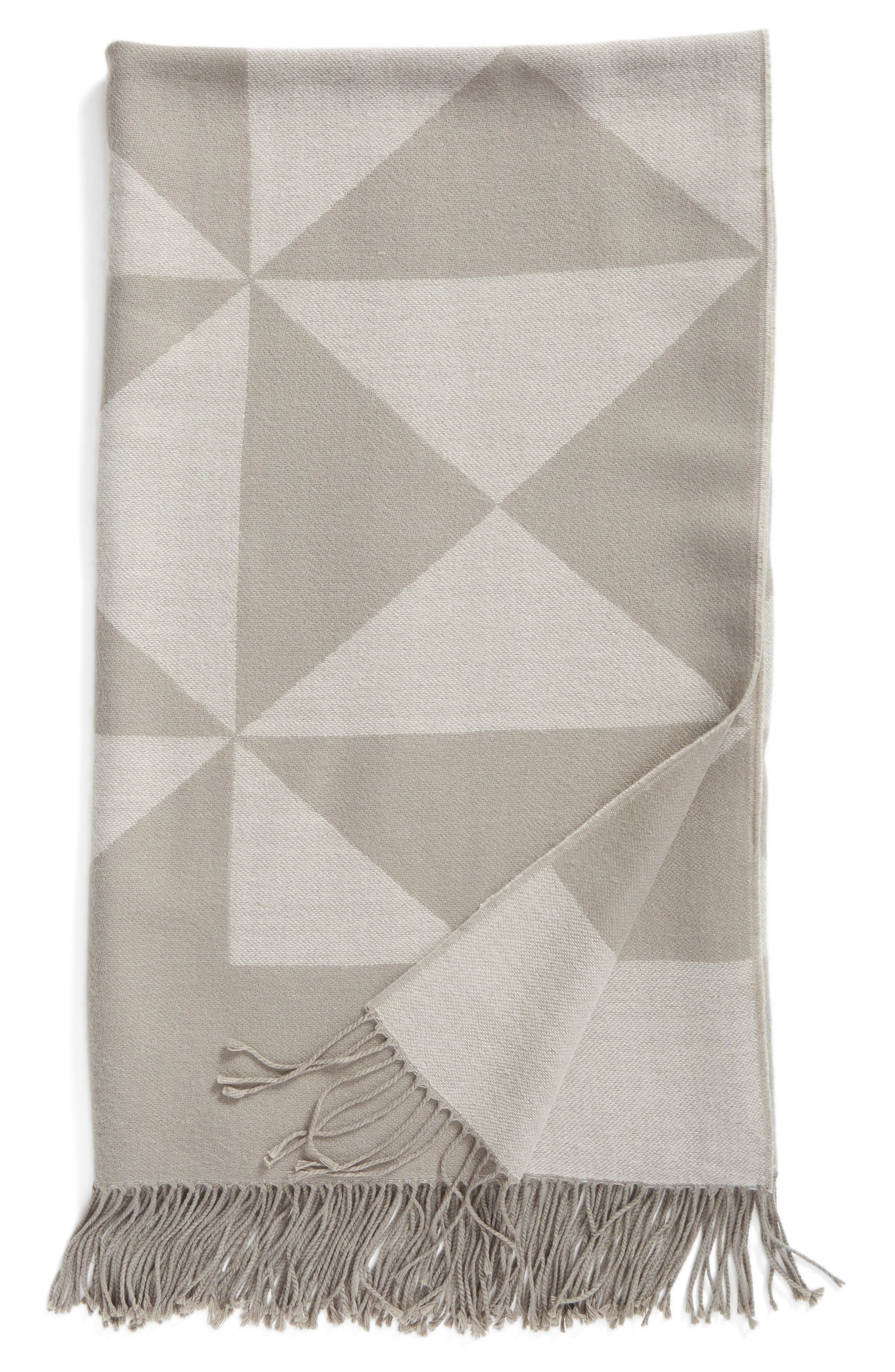Nordstrom at Home Diamond Jacquard Throw Blanket