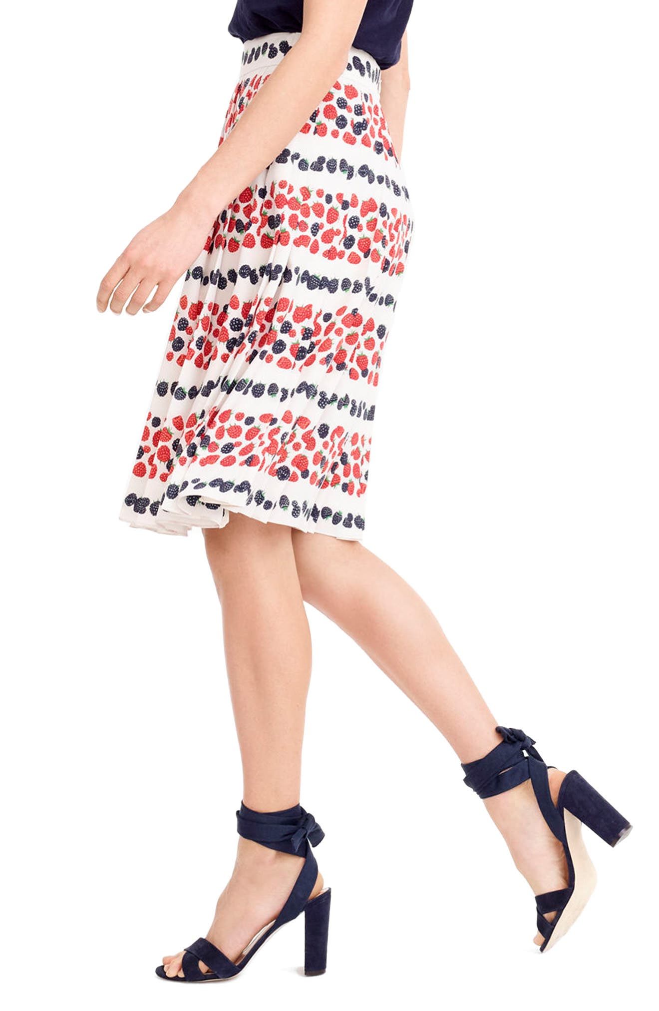 Alternate Image 3  - J.Crew Berry Print Pleat Skirt