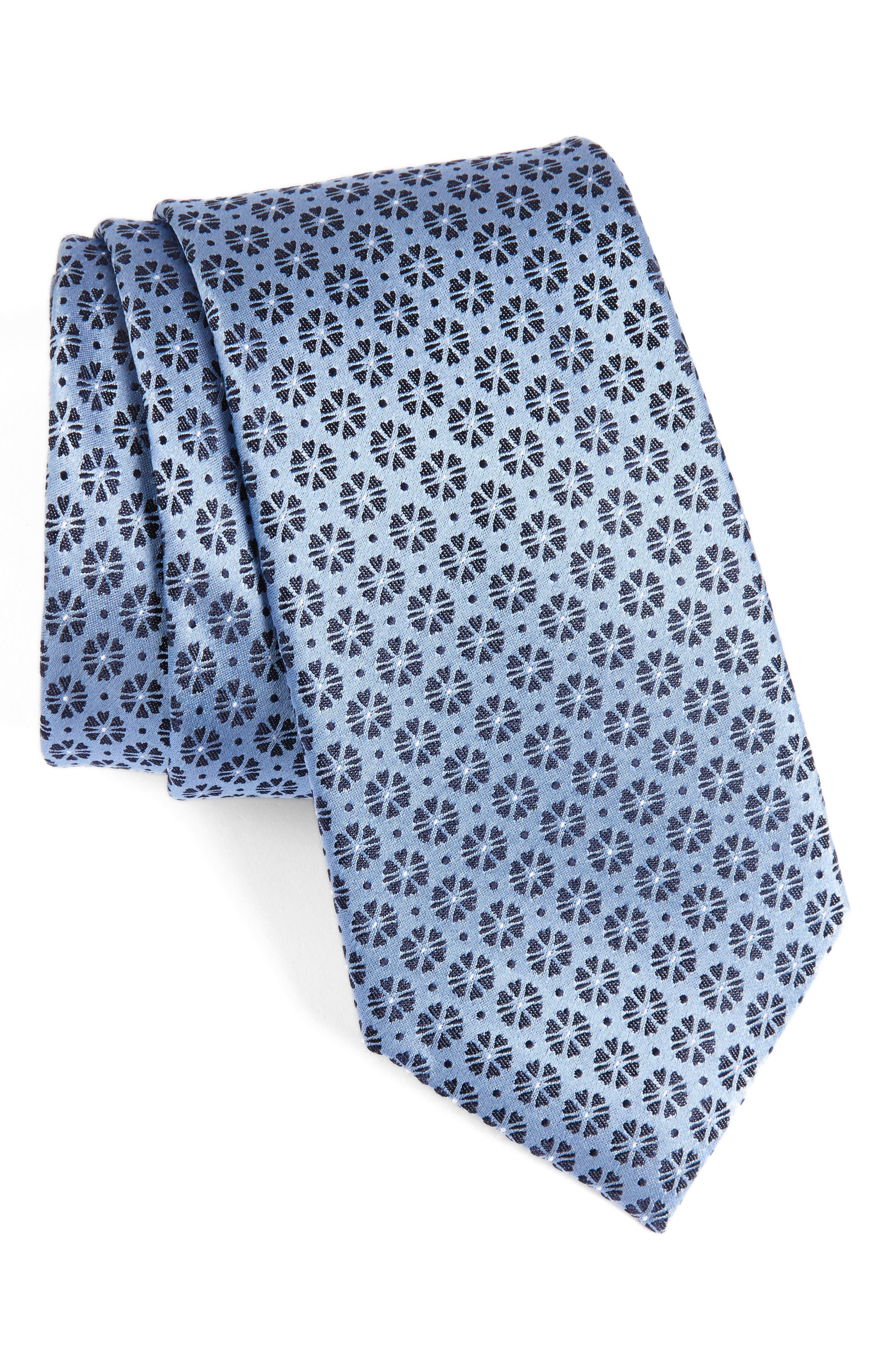 CALIBRATE Clover Medallion Silk Tie