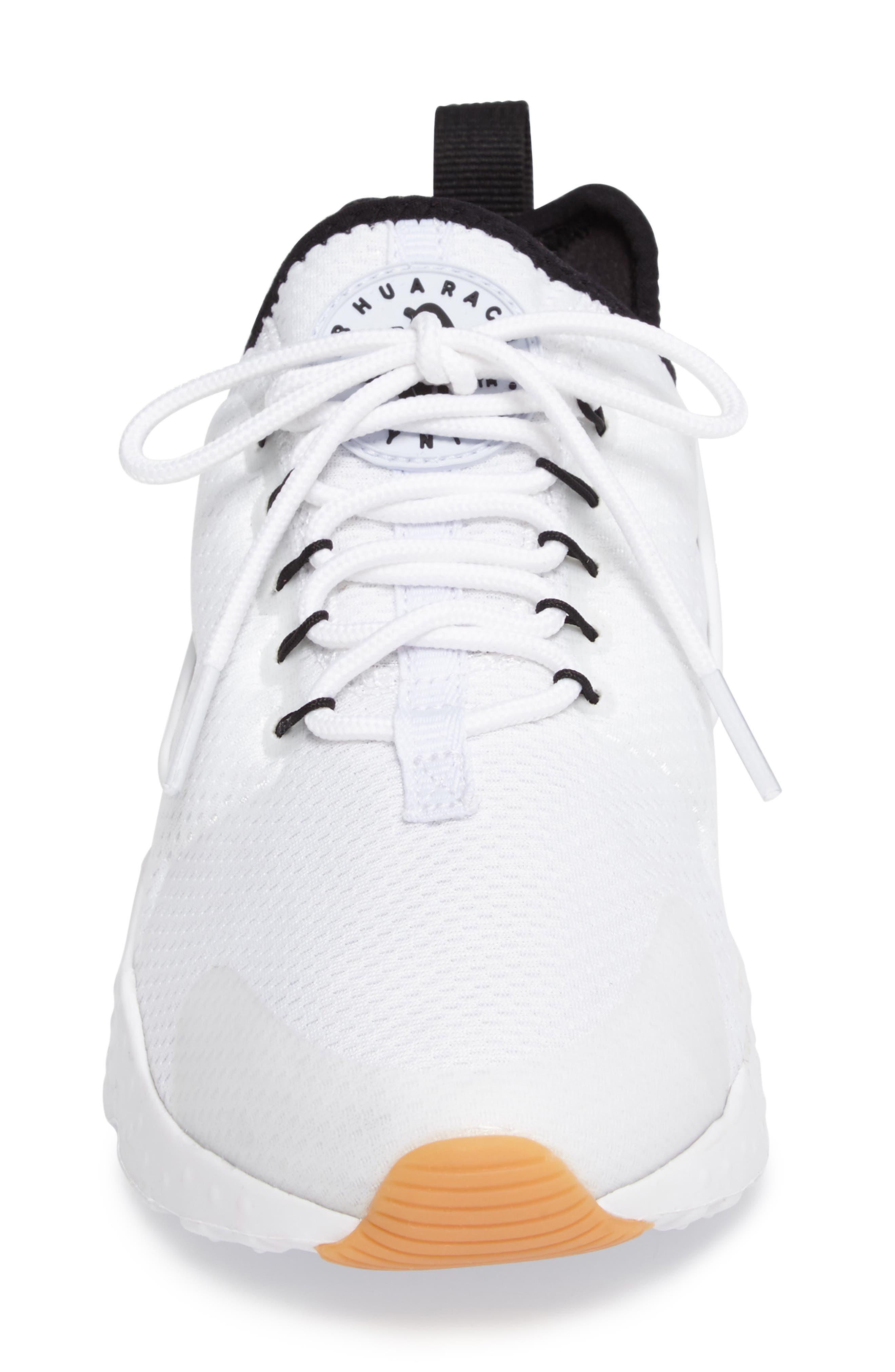 Alternate Image 4  - Nike Air Huarache Sneaker (Women)
