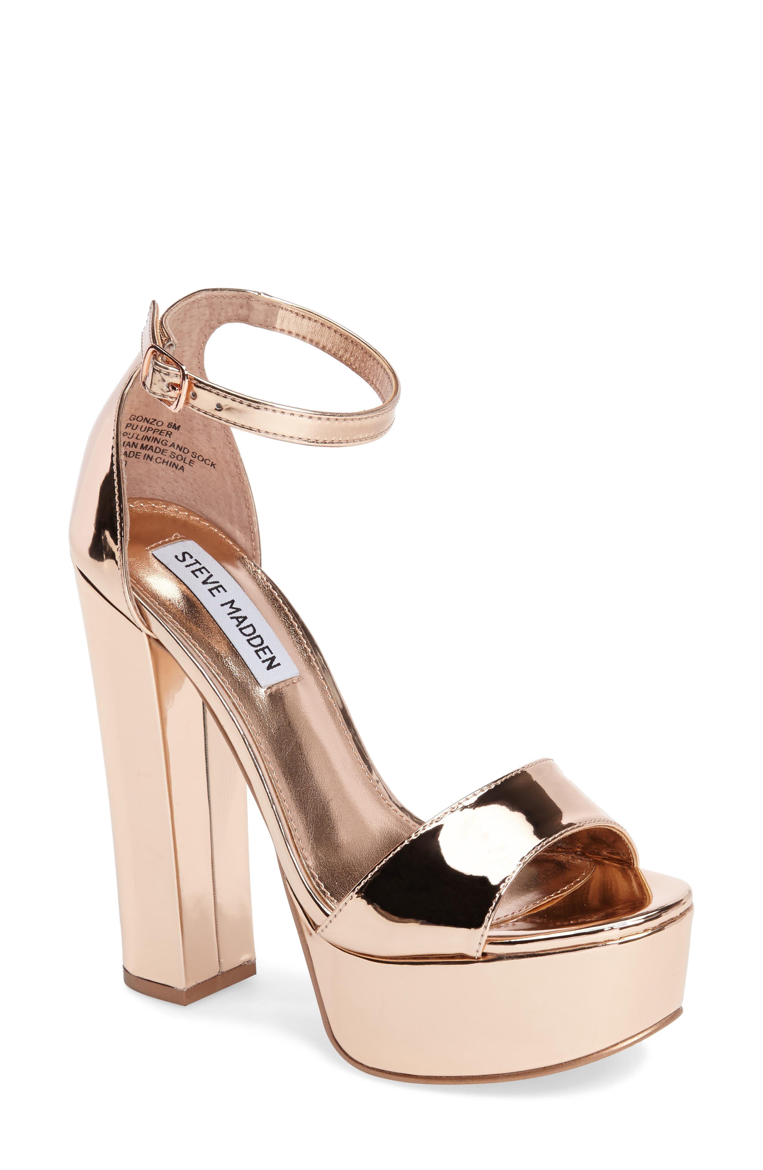 Alternate Image 1 Selected - Steve Madden Gonzo Platform Sandal