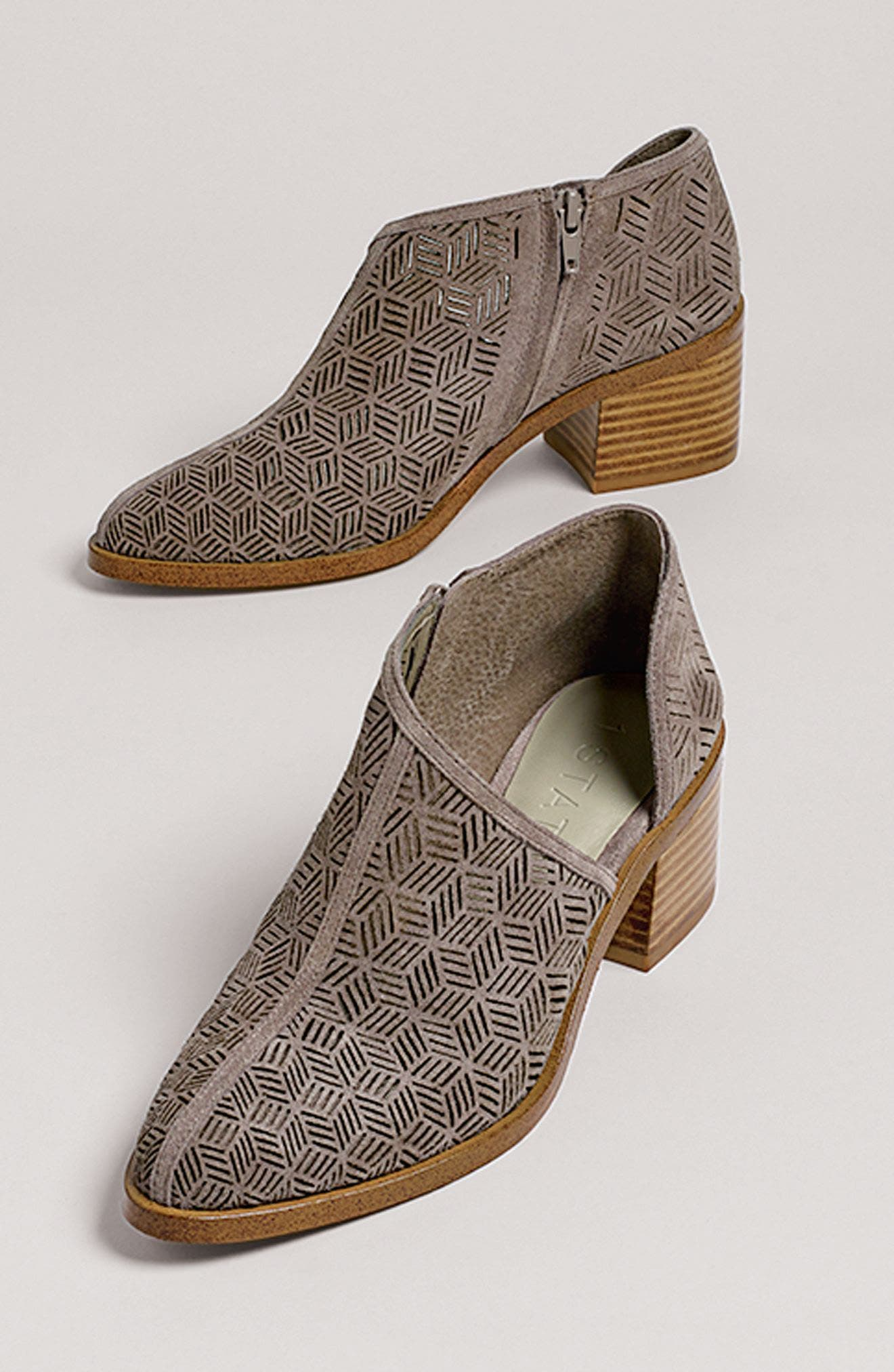 Alternate Image 7  - 1.STATE Iddah Perforated Cutaway Bootie (Women)