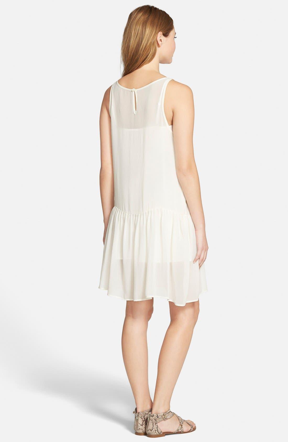 Alternate Image 2  - cupcakes and cashmere 'Laurel' Sleeveless Chiffon Dress