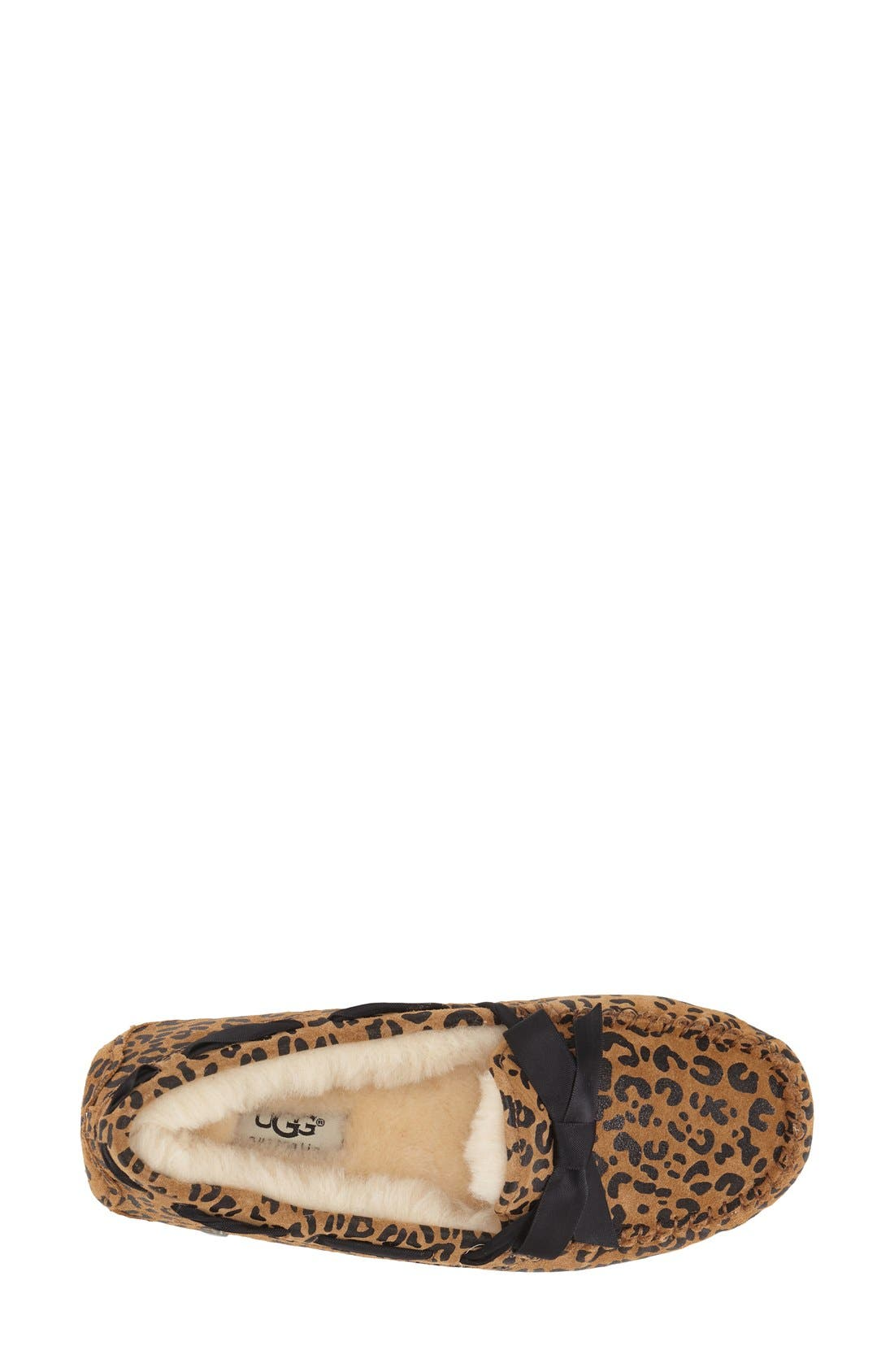 Alternate Image 3  - UGG® Dakota Leopard Print Bow Slipper (Women)