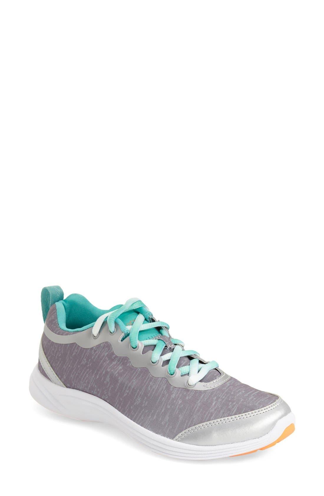 VIONIC 'Fyn' Sneaker