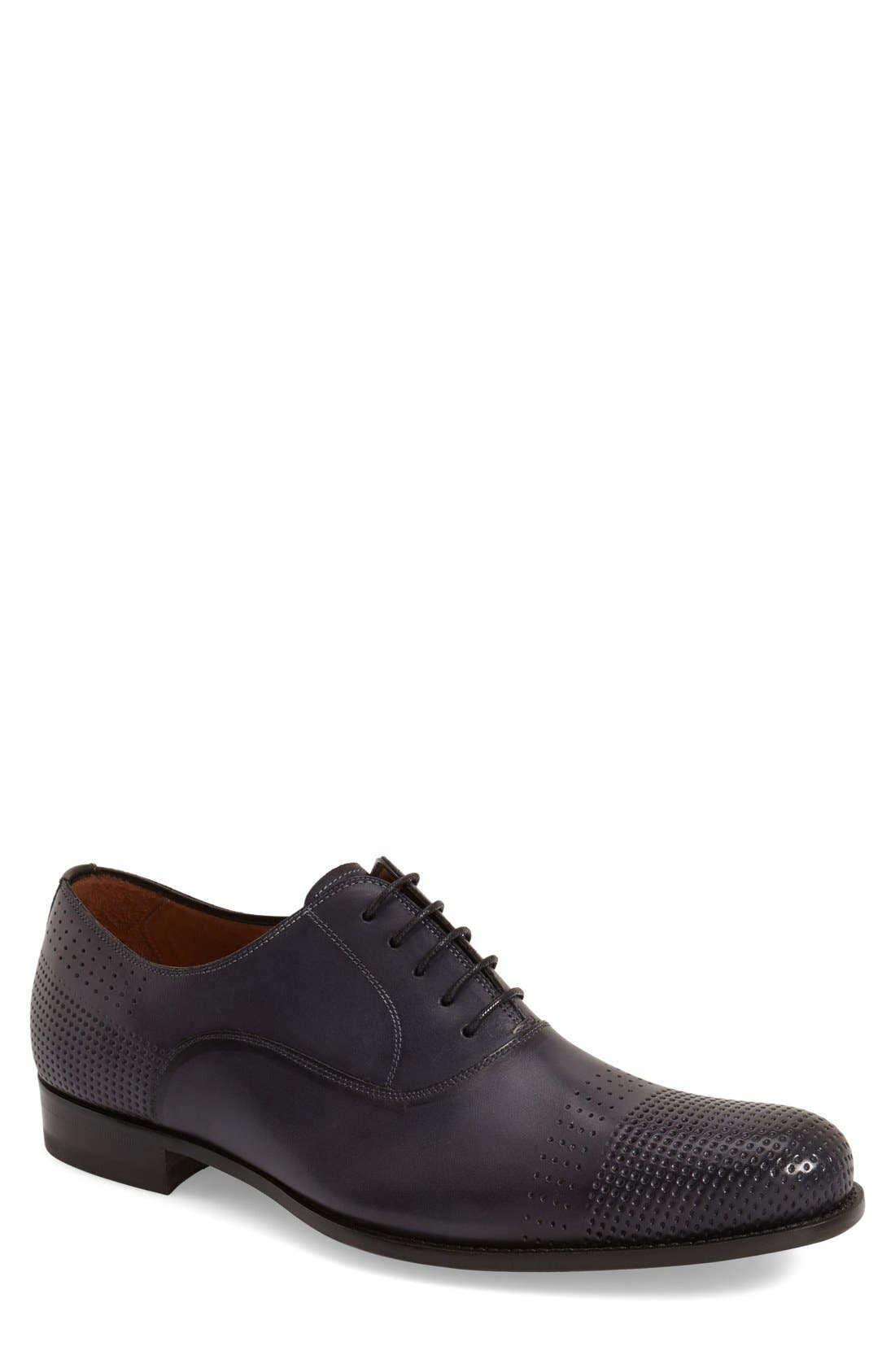 MEZLAN 'Bonet' Perforatetd Cap Toe Oxford