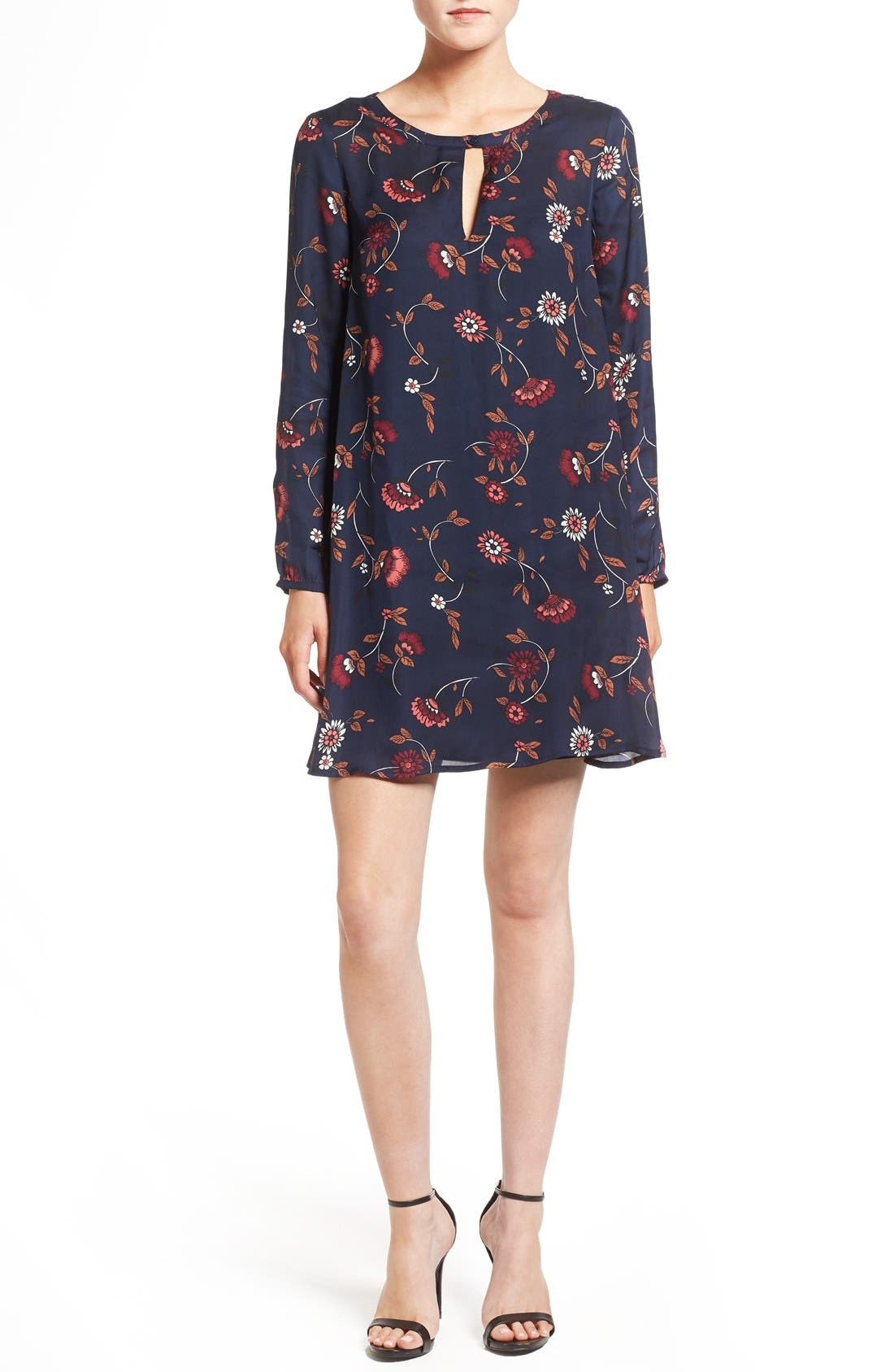 Alternate Image 1 Selected - cupcakes and cashmere 'Hazel' Long Sleeve Shift Dress