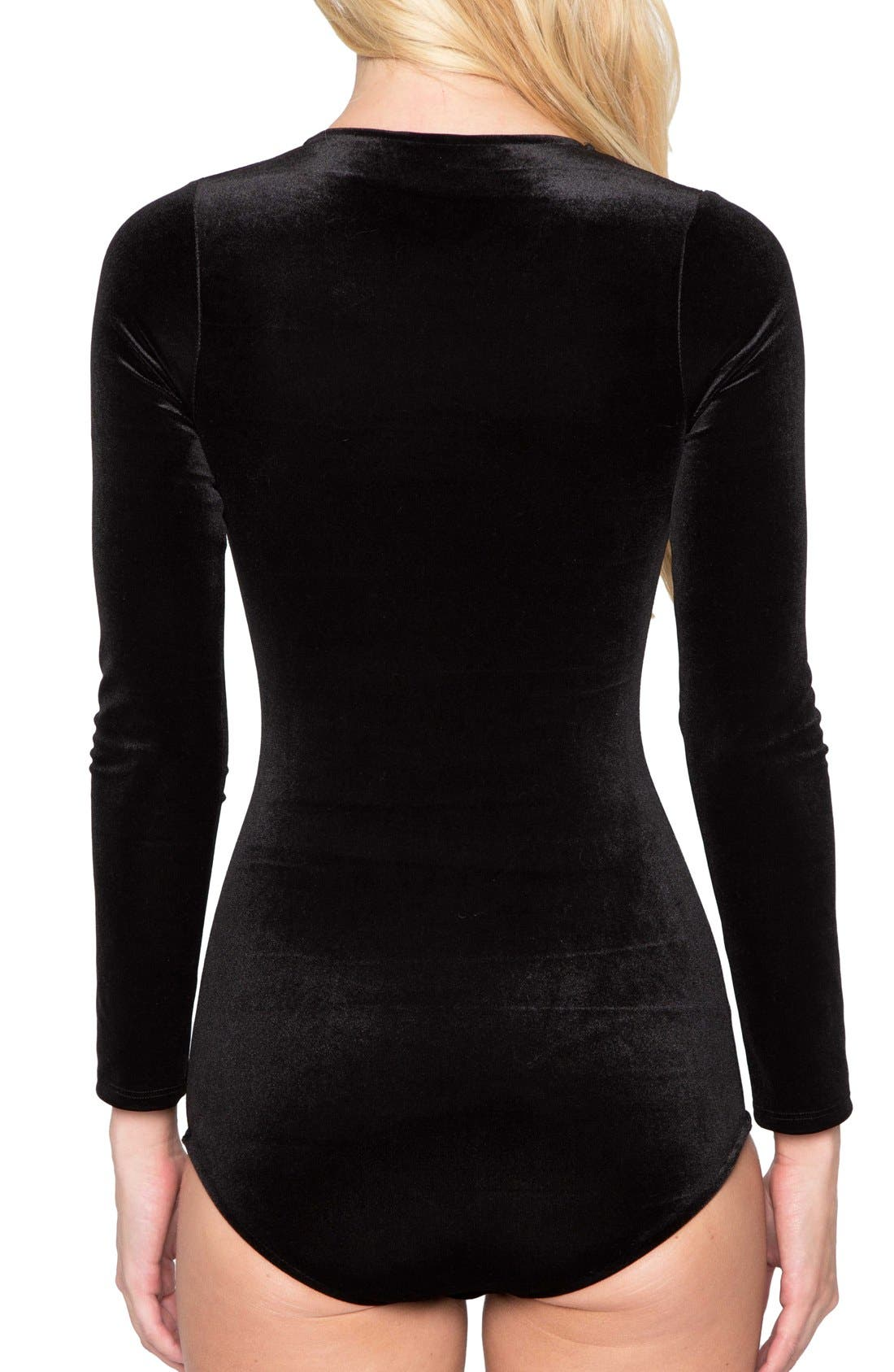 Alternate Image 2  - Willow & Clay Keyhole Velvet Bodysuit