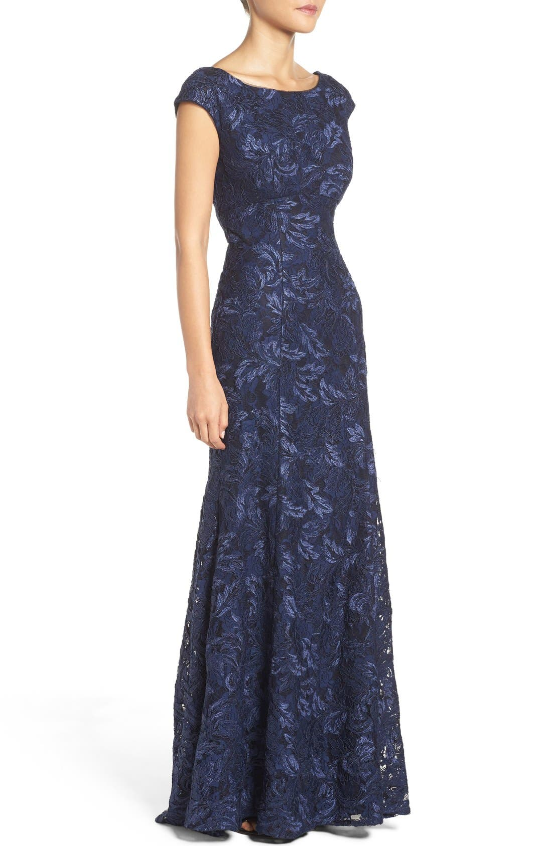 Alternate Image 3  - Xscape Embroidered Lace Mermaid Gown (Regular & Petite)