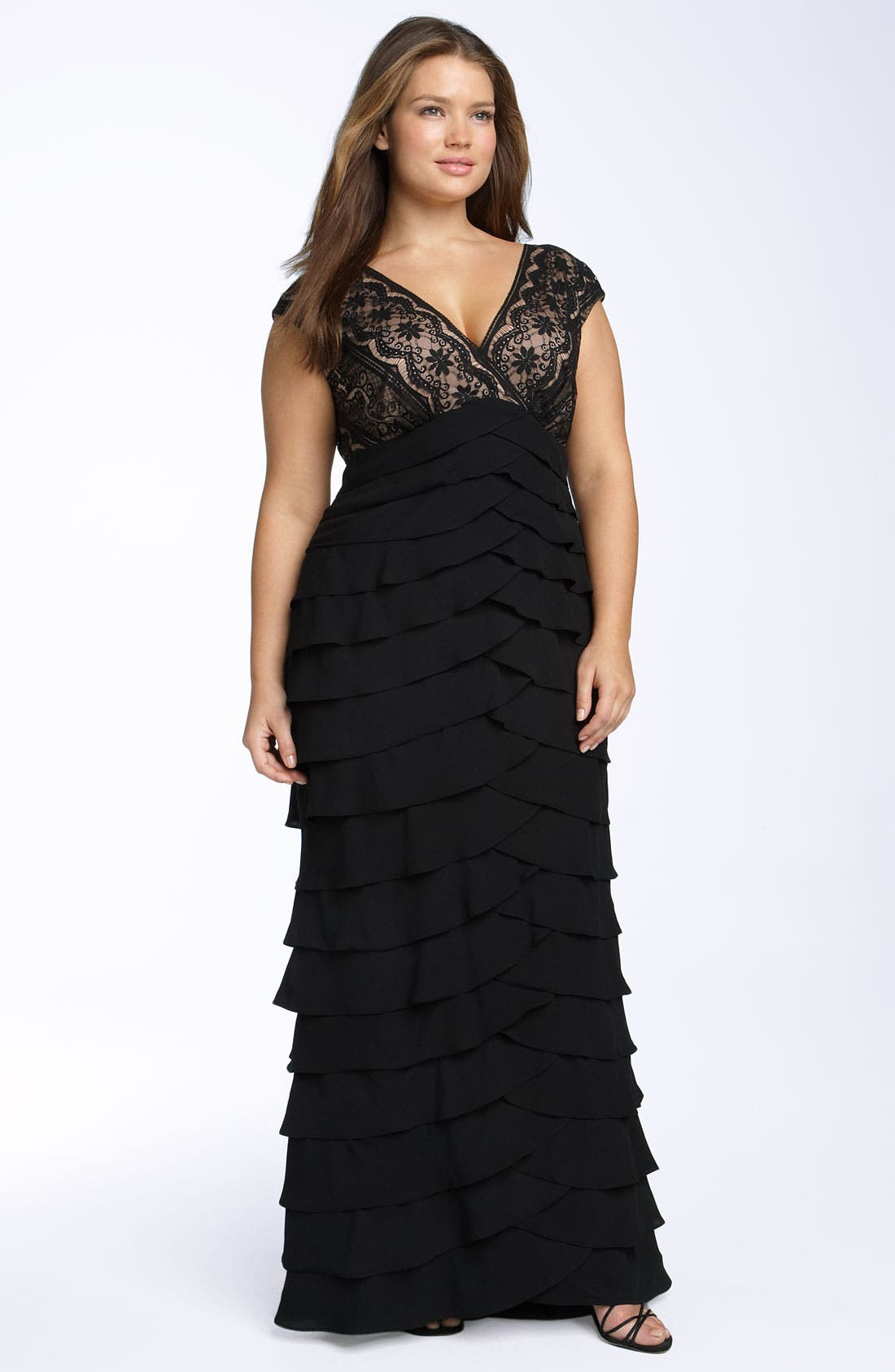 ADRIANNA PAPELL Lace & Shutter Pleat Gown