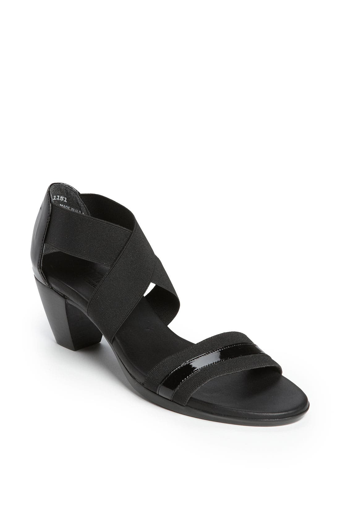 Alternate Image 1 Selected - Munro 'Delana' Sandal