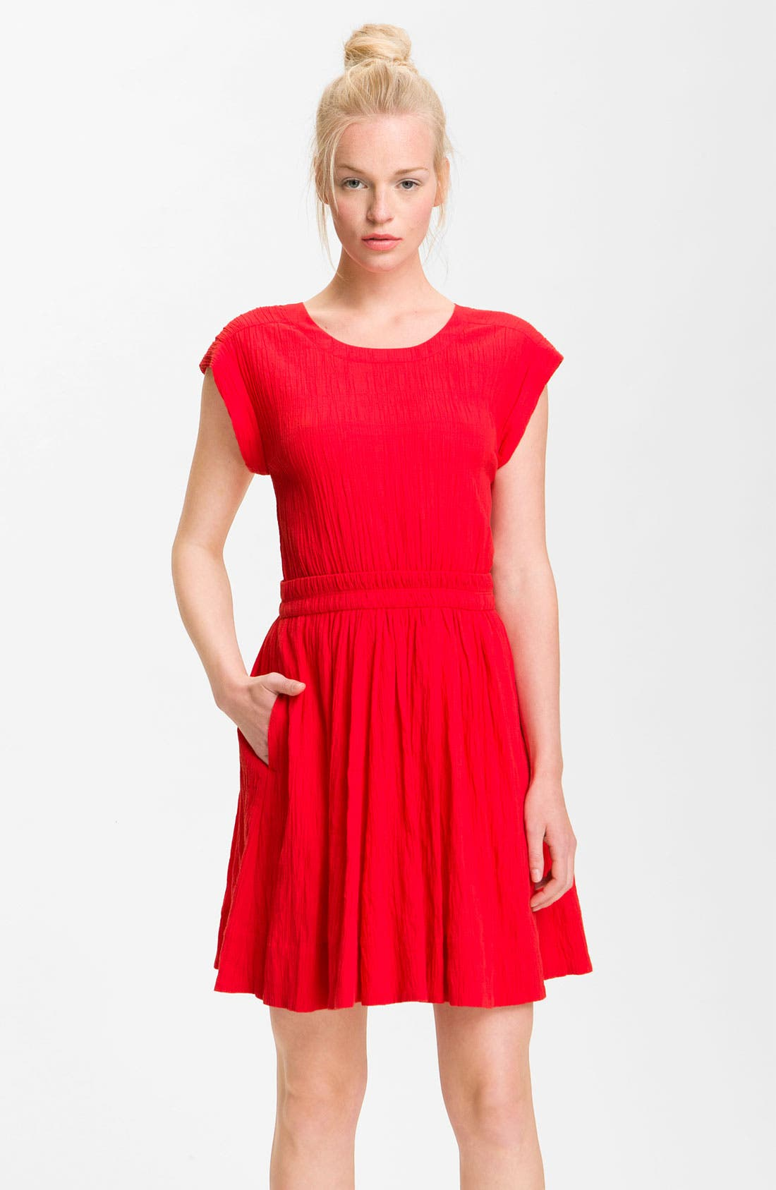 Alternate Image 1 Selected - MARC BY MARC JACOBS 'Aliyah' Crinkle Cotton Dress