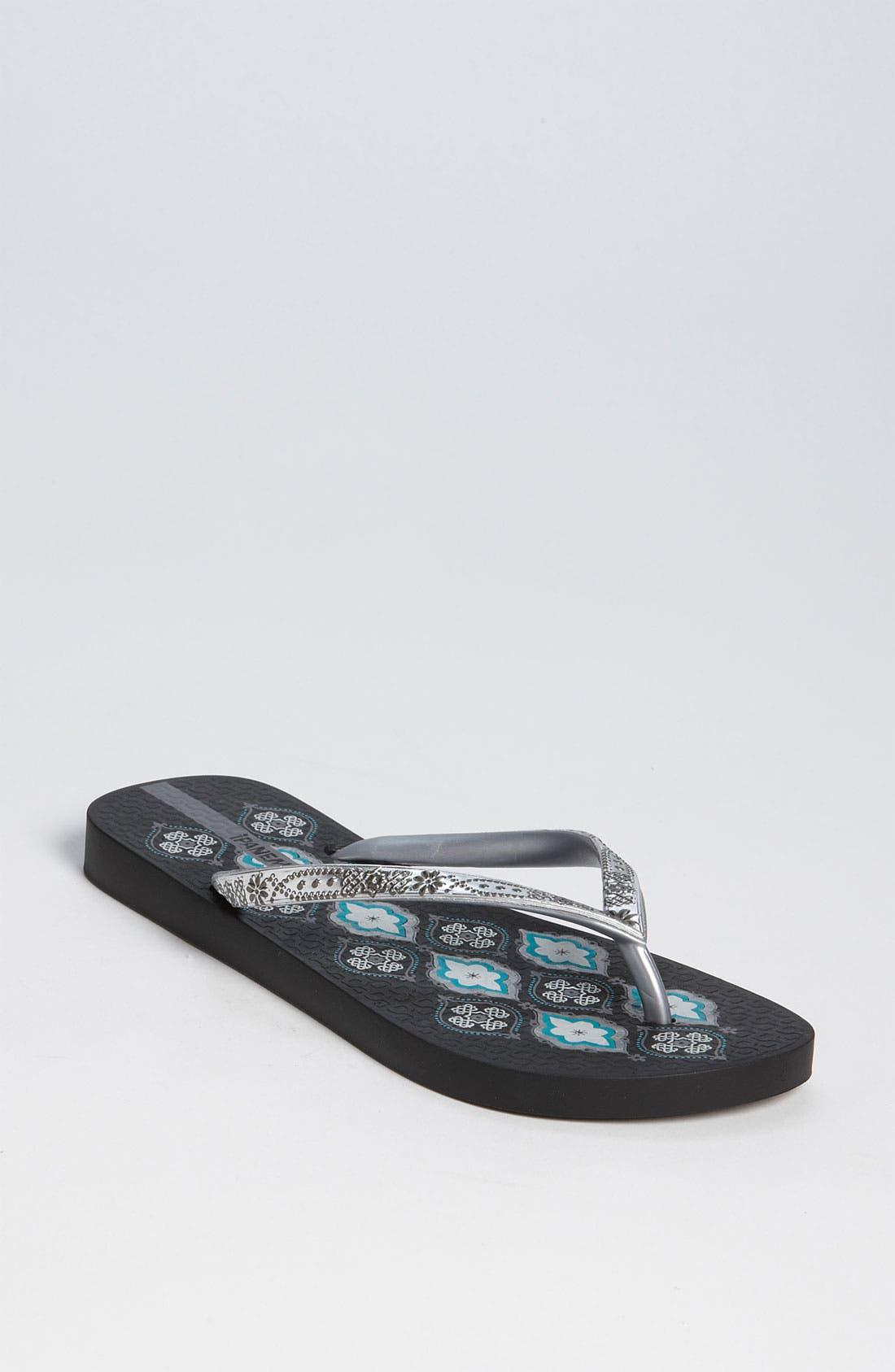 Main Image - Ipanema 'Trends V' Flip Flop