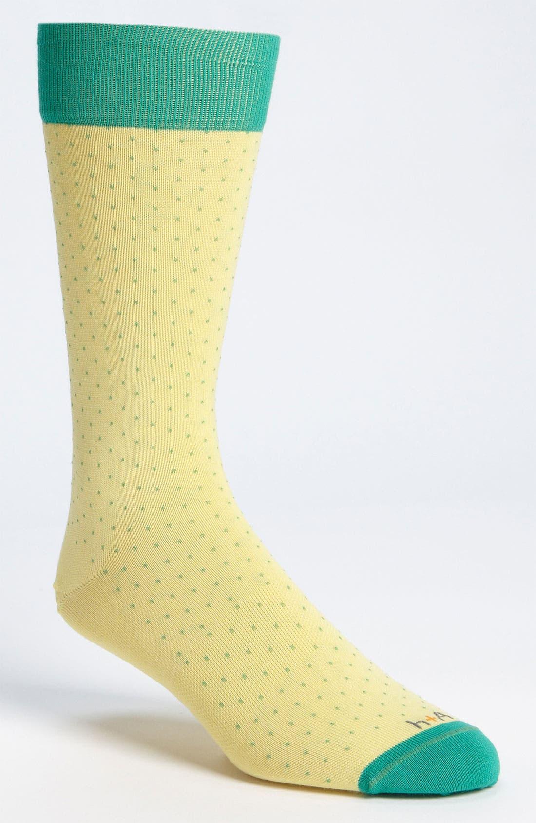 Alternate Image 1 Selected - hook + ALBERT Mini Dot Socks (Online Exclusive)