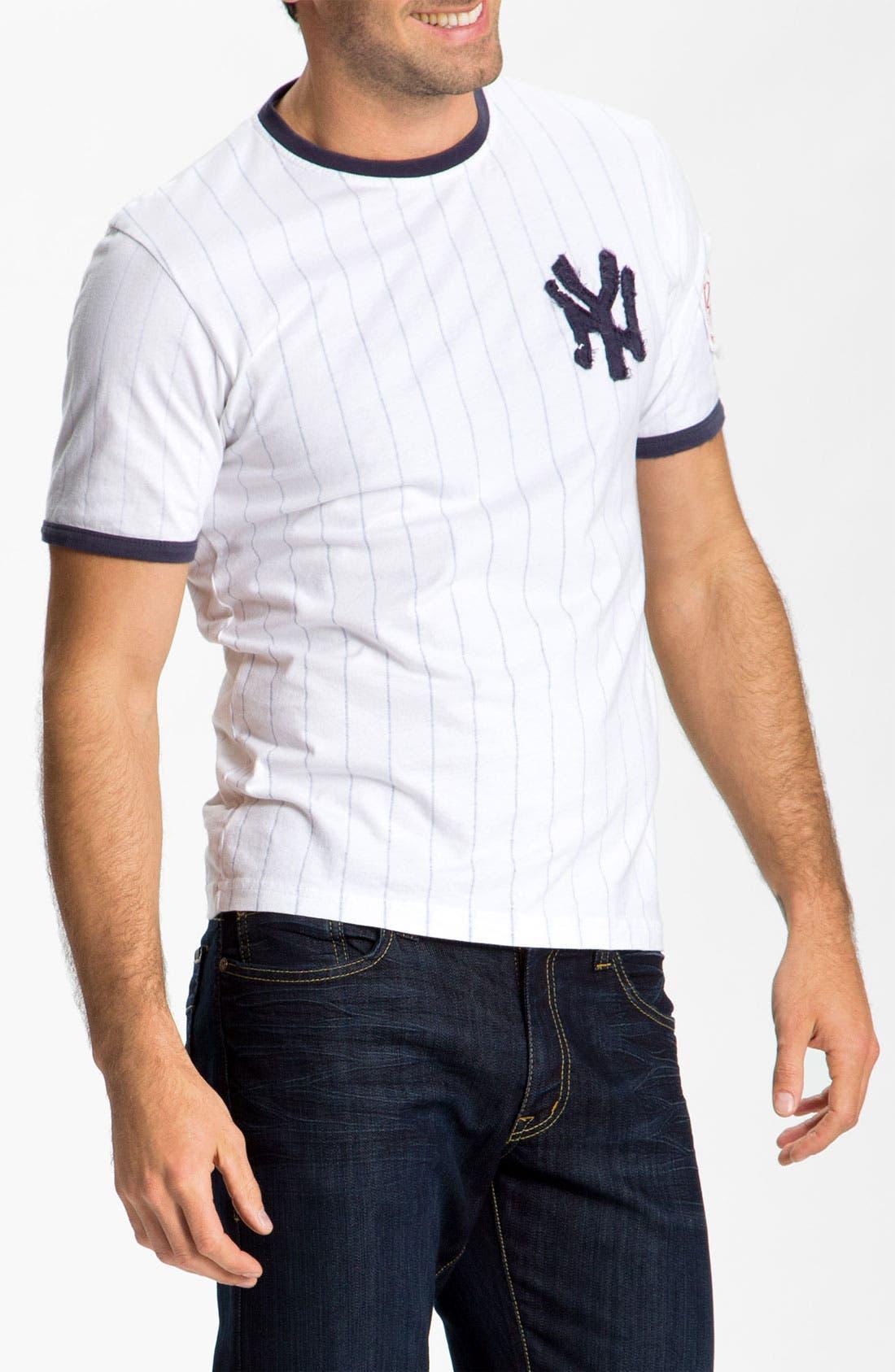 Main Image - Red Jacket 'New York Yankees' Trim Fit Ringer T-Shirt (Men)