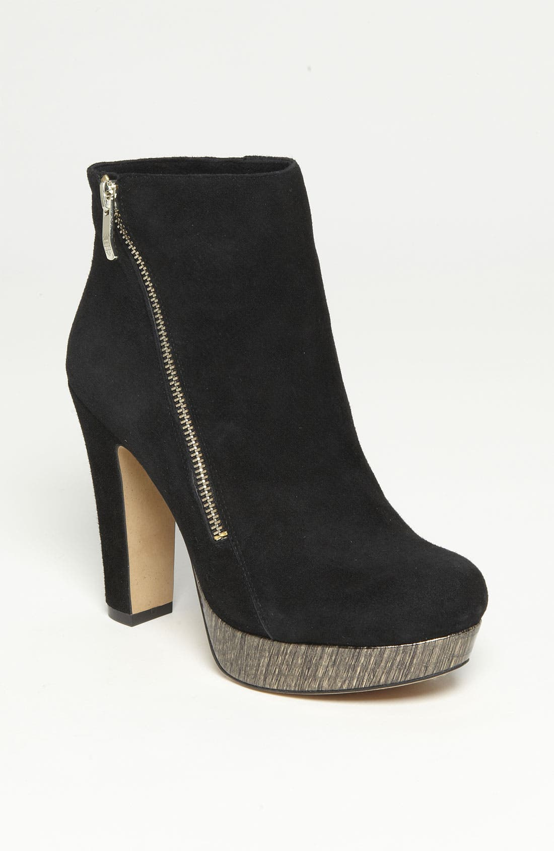 Alternate Image 1 Selected - Vince Camuto 'Jerra' Bootie