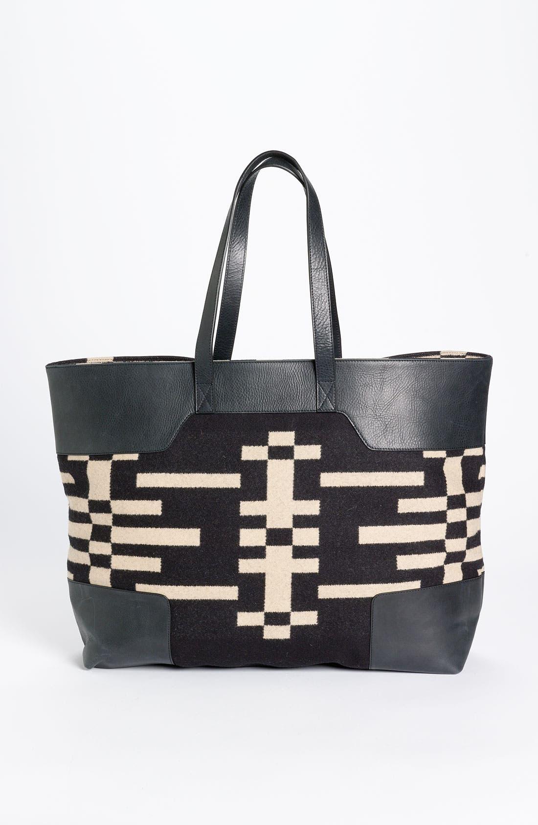 Main Image - Pendleton Portland Collection 'Canyonville' Tote Bag