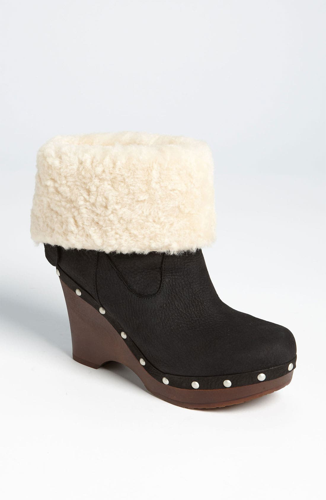 Alternate Image 1 Selected - UGG® Australia 'Carnagie' Boot (Women)