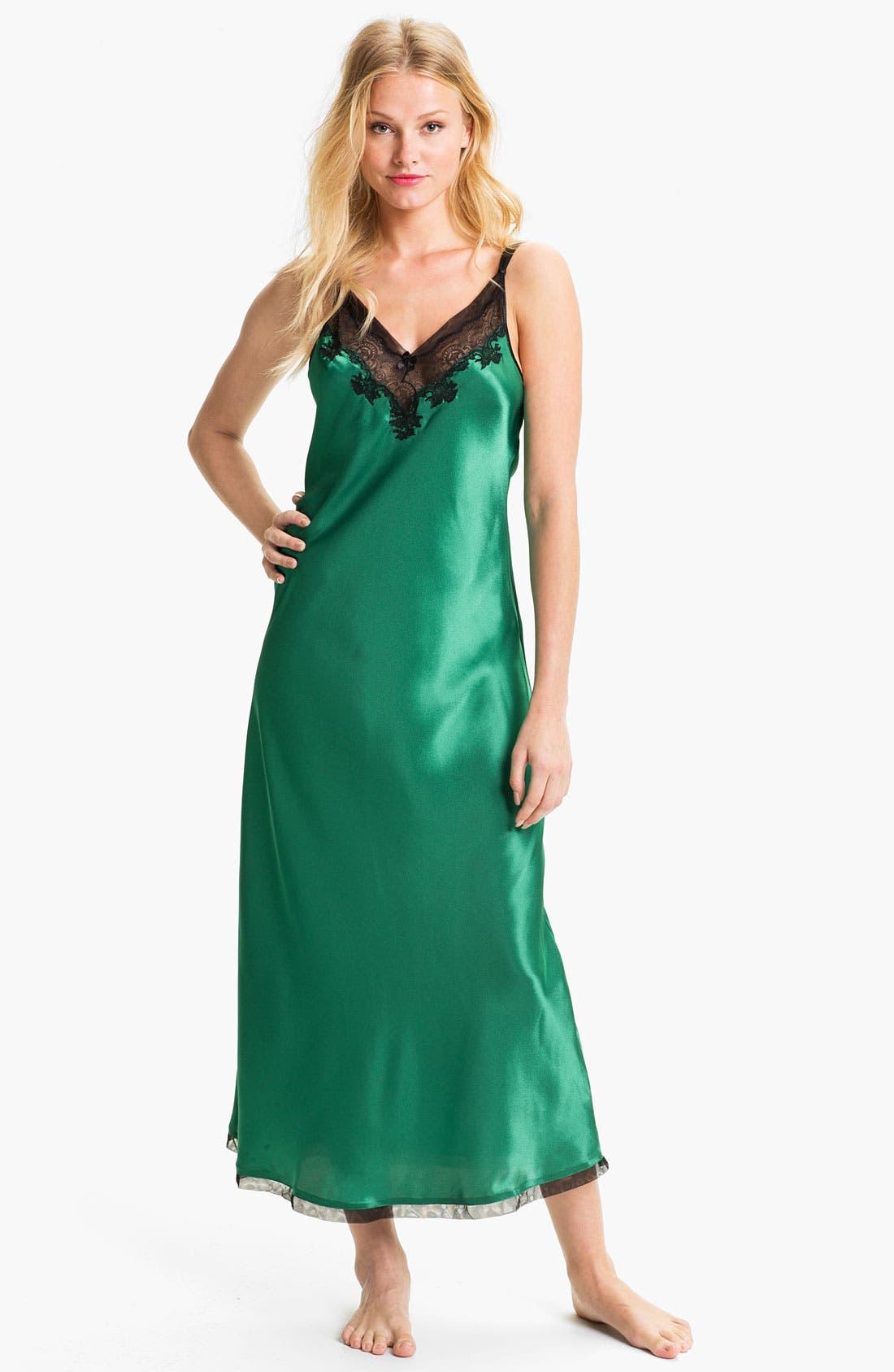 Main Image - Oscar de la Renta Sleepwear Lace Trim Charmeuse Nightgown