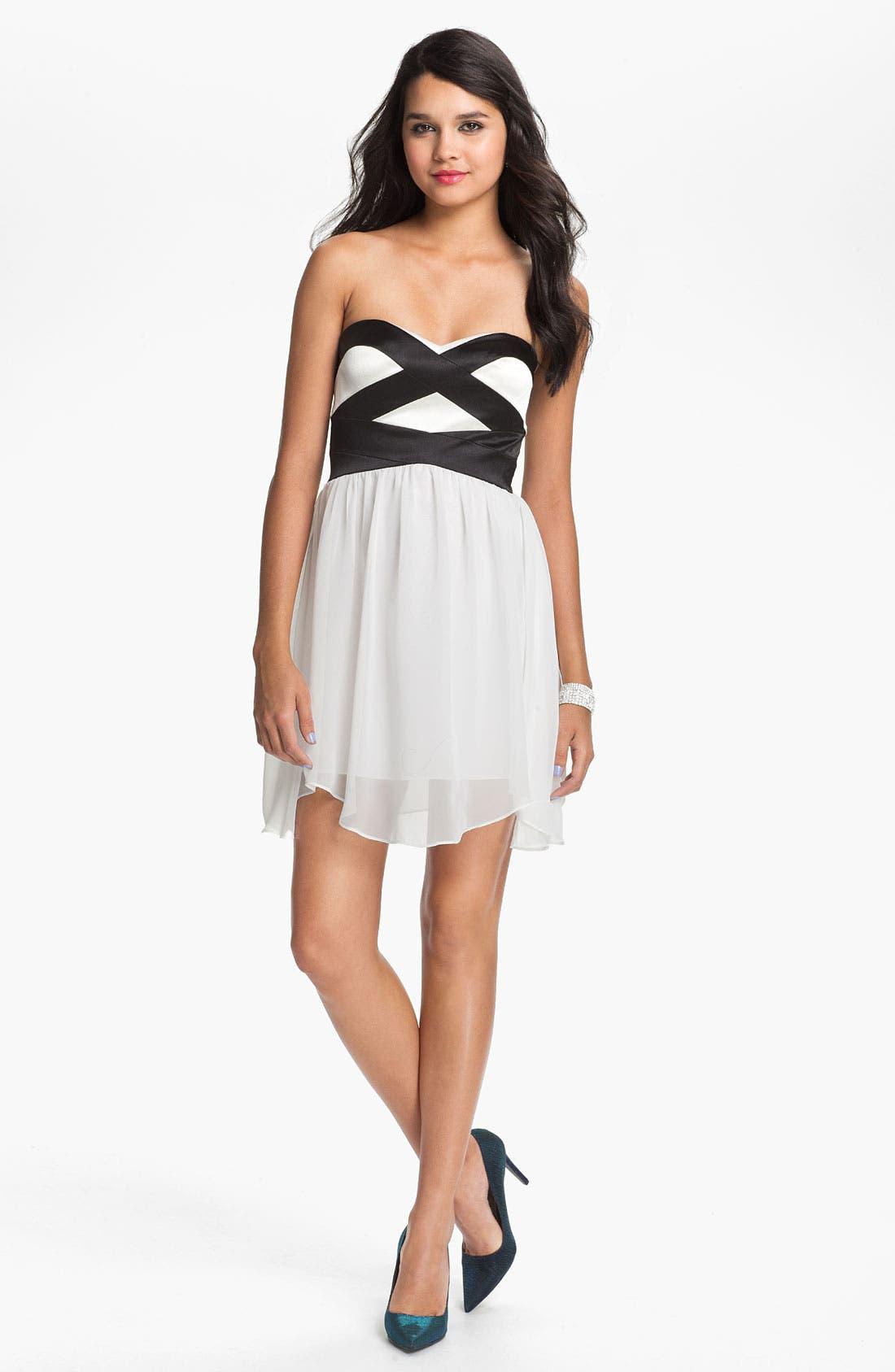 Alternate Image 1 Selected - Hailey Logan Sweetheart Chiffon Dress (Juniors) (Online Only)