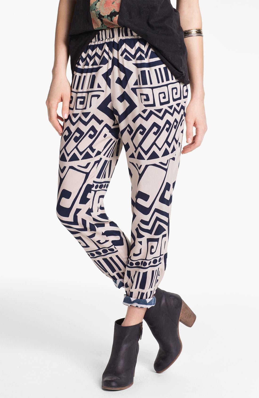 Main Image - Mimi Chica Woven Pants (Juniors)