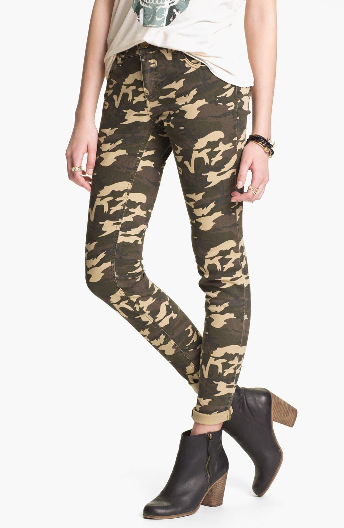 Alternate Image 1 Selected - Fire Camo Print Skinny Pants (Juniors)