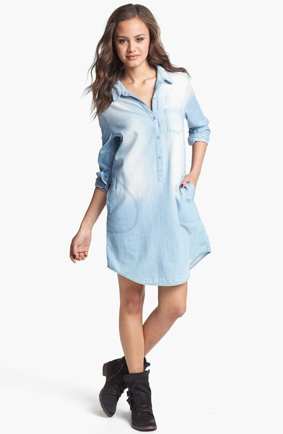 Alternate Image 1 Selected - Rubbish® Chambray Shirtdress (Juniors)