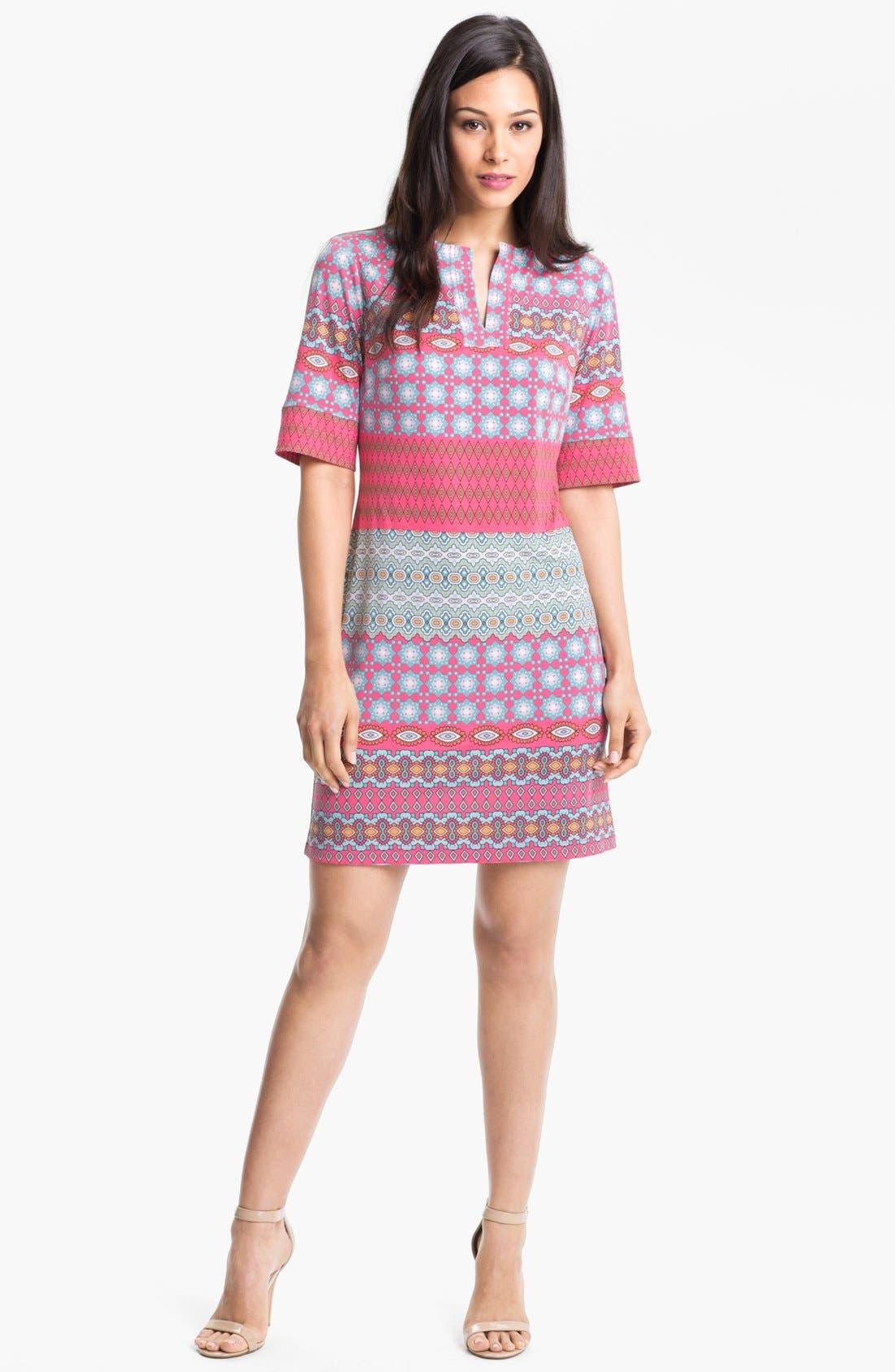 Alternate Image 1 Selected - Donna Morgan Print Shift Dress (Petite)