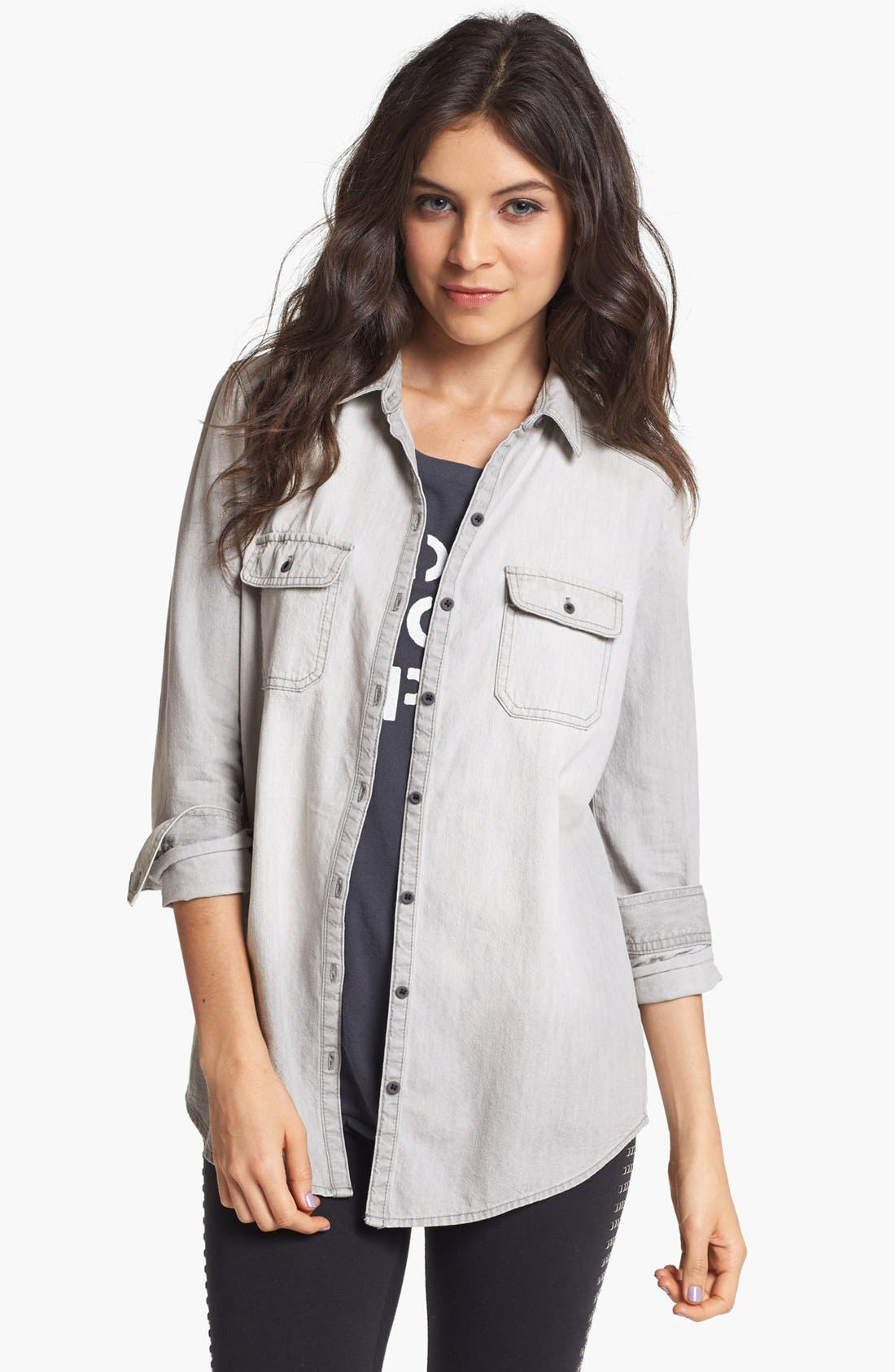 Main Image - BP. Boyfriend Chambray Shirt (Juniors)