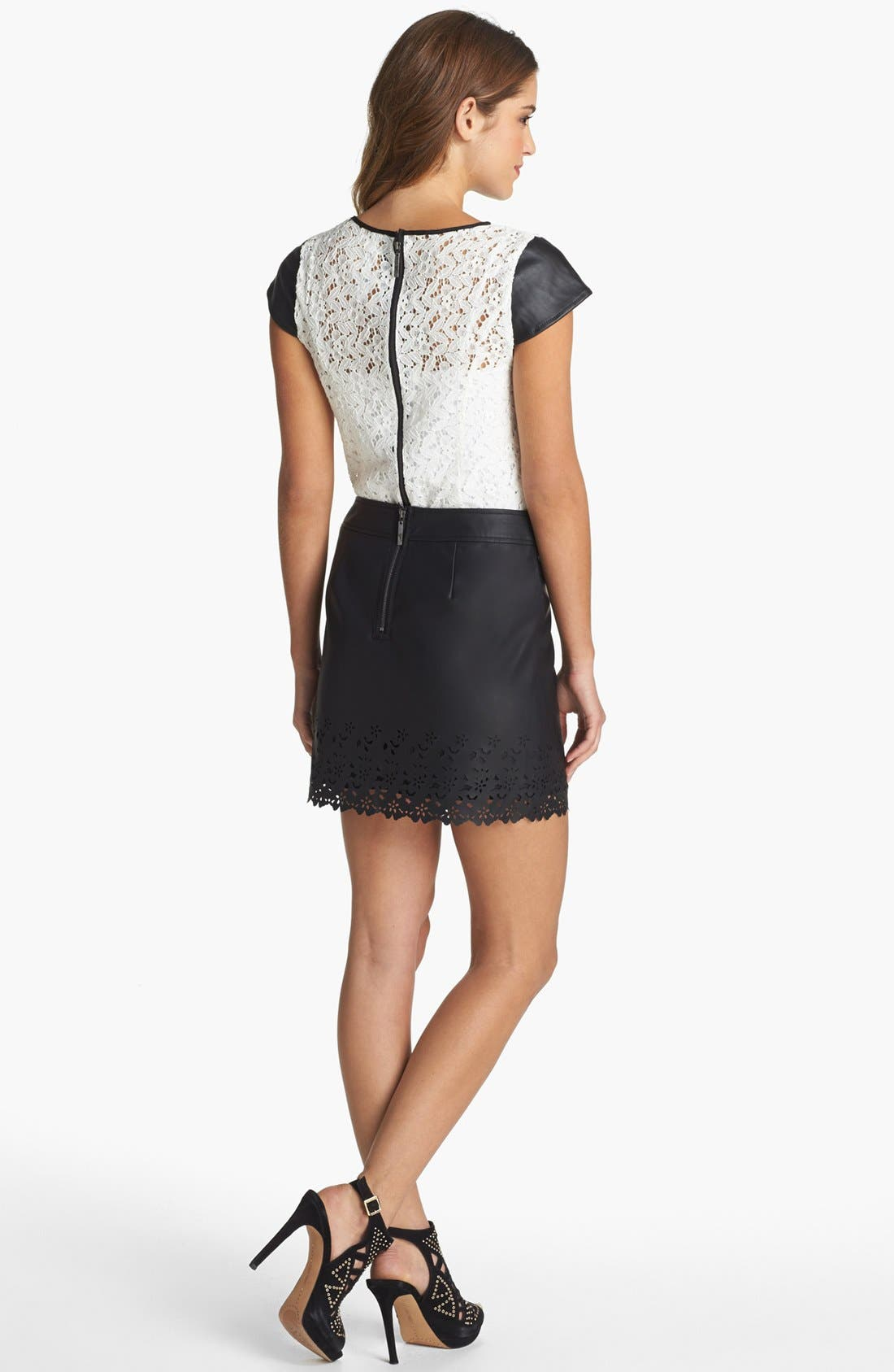 Alternate Image 4  - kensie Lace & Faux Leather Top