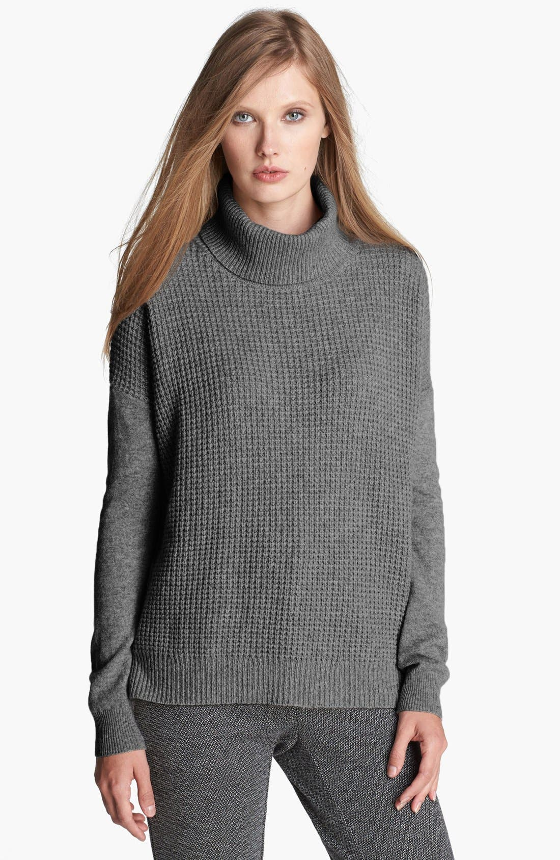 Main Image - Theory 'Aldanta' Cashmere Turtleneck