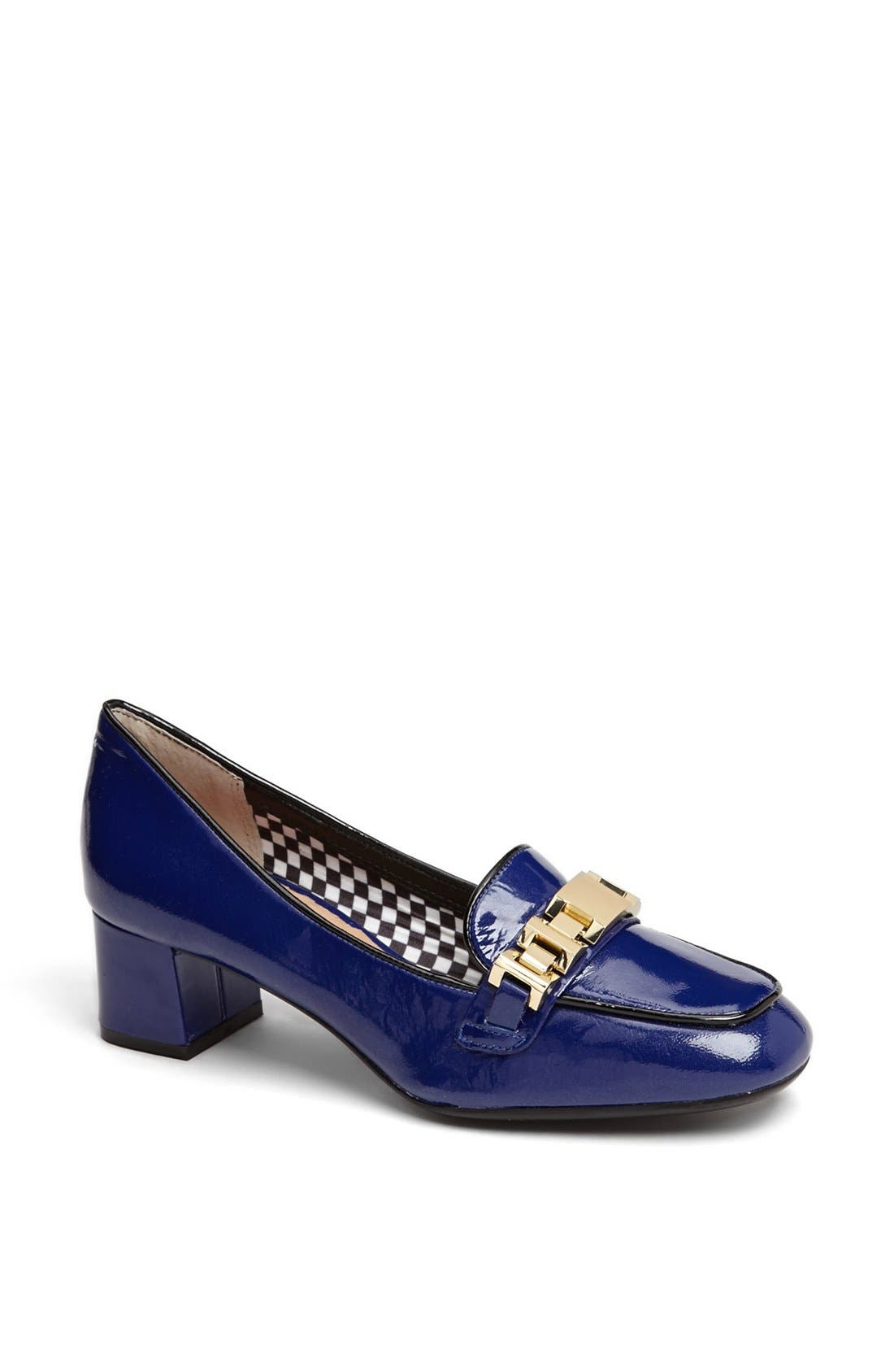 Alternate Image 1 Selected - Isaac Mizrahi New York 'Kimmie' Pump