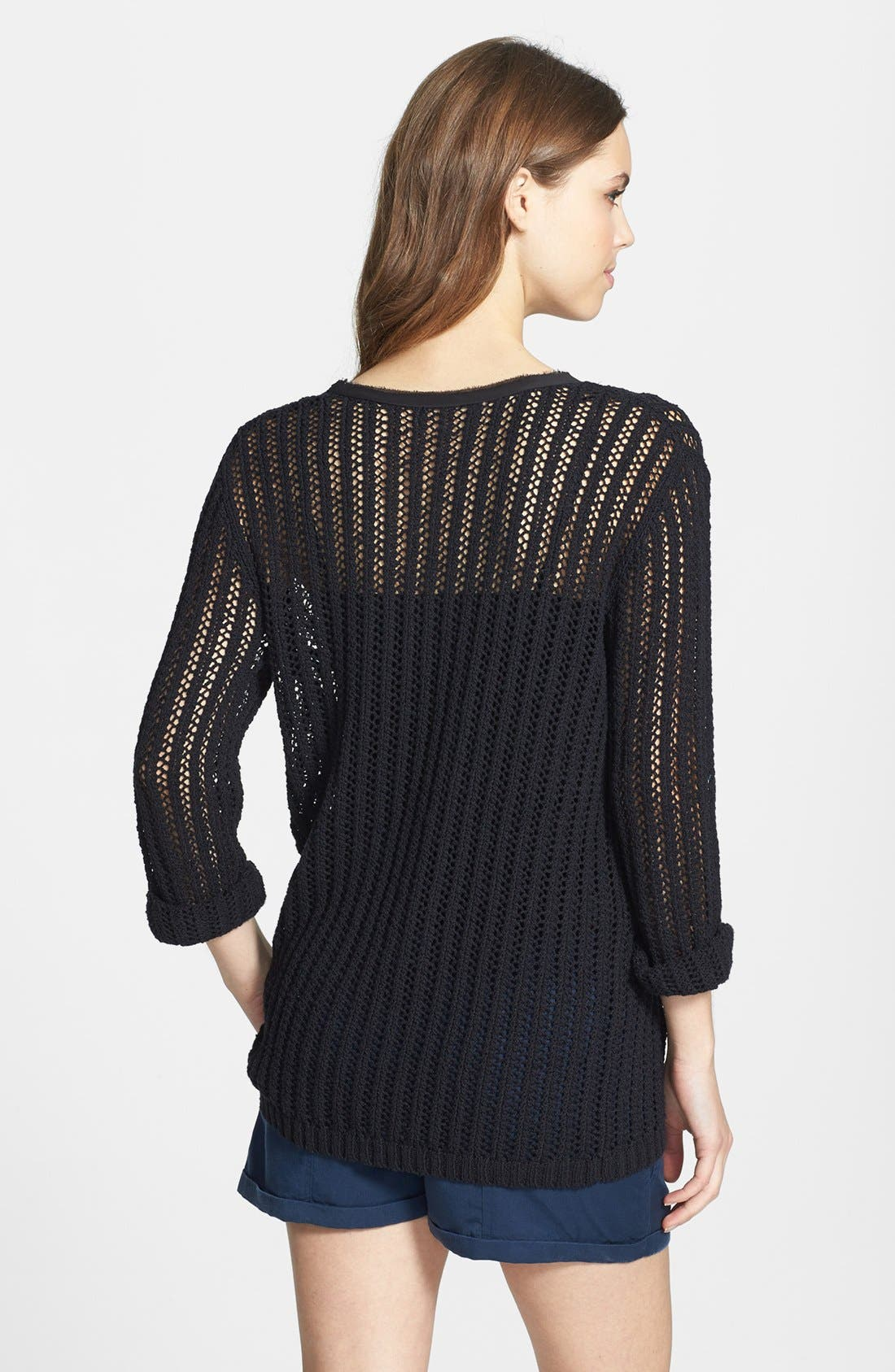 Alternate Image 2  - Two by Vince Camuto Mesh Stitch V-Neck Sweater