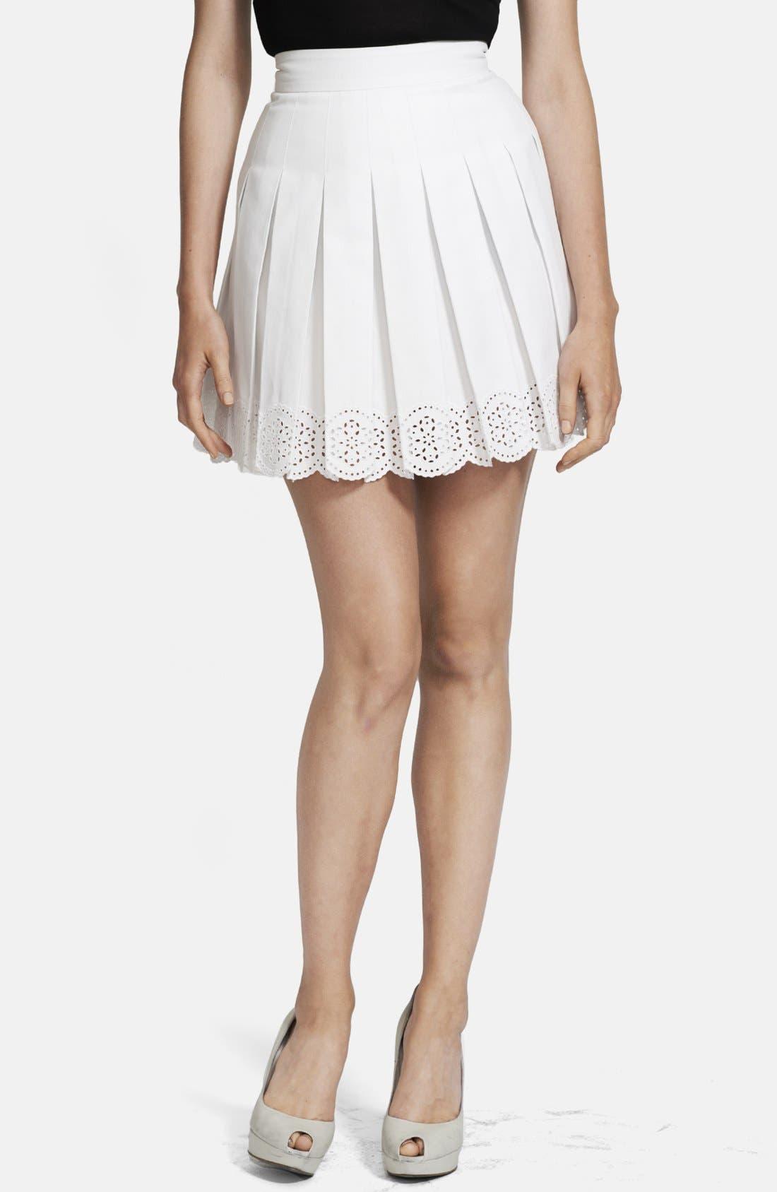 Main Image - Alexander McQueen Pleated Scallop Hem Skirt
