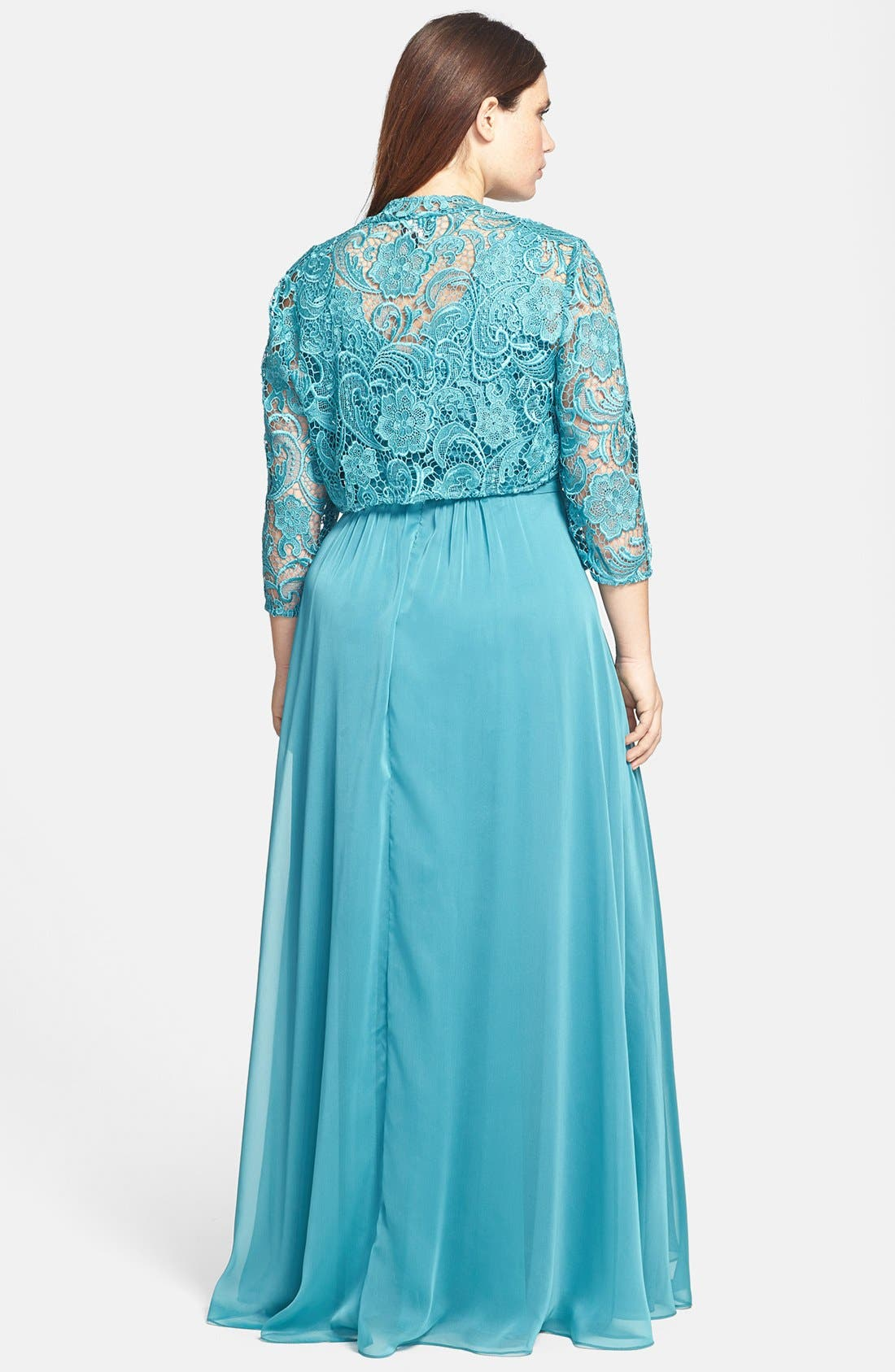 Alternate Image 2  - Adrianna Papell Chiffon & Lace Gown & Jacket (Plus Size)