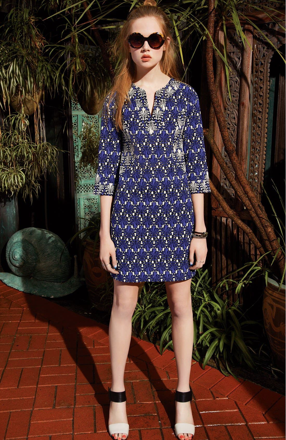 Alternate Image 5  - Donna Morgan Print Cotton Jacquard Shift Dress