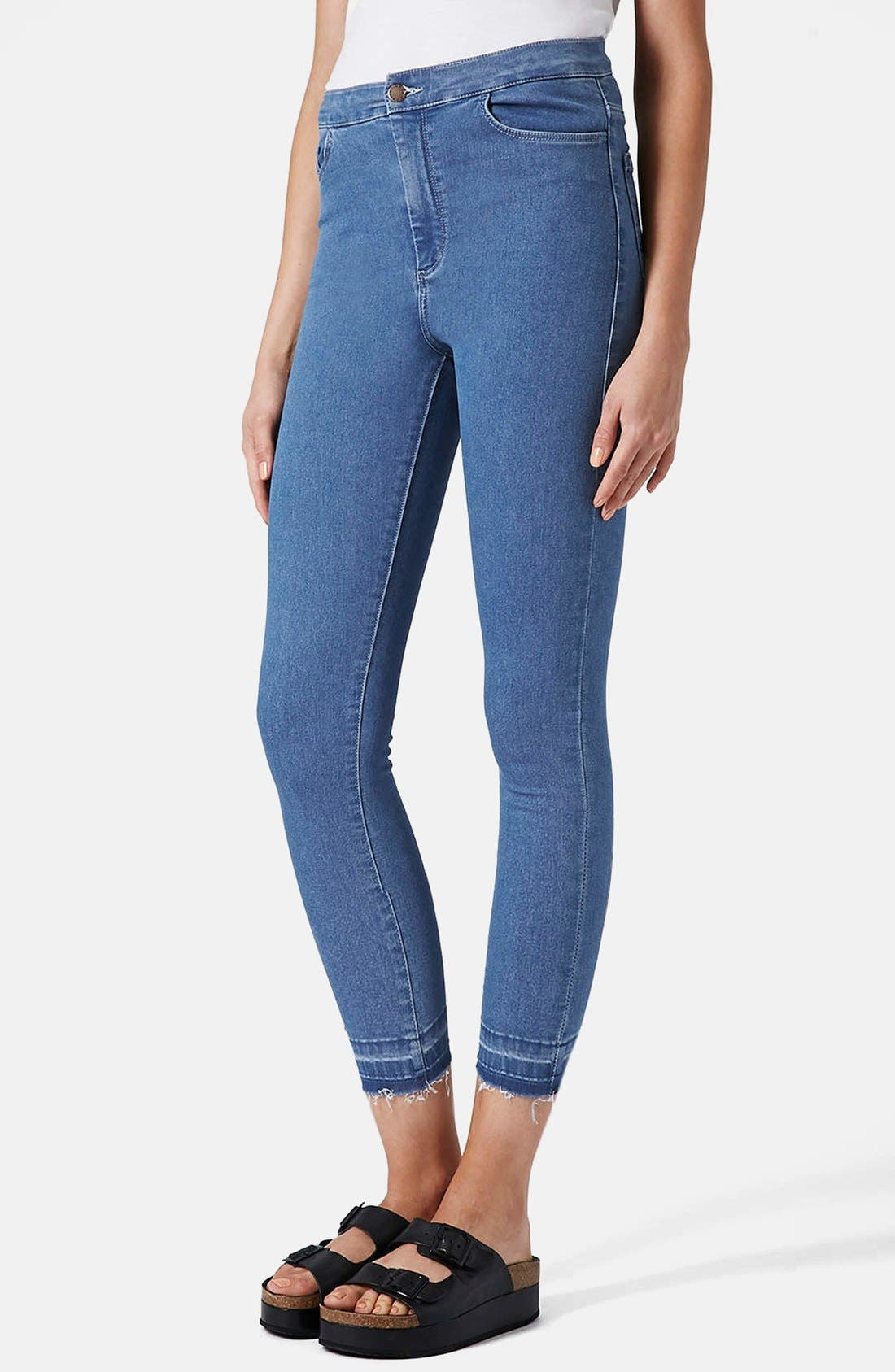 Main Image - Topshop Moto 'Joni' High Rise Crop Skinny Jeans (Light)