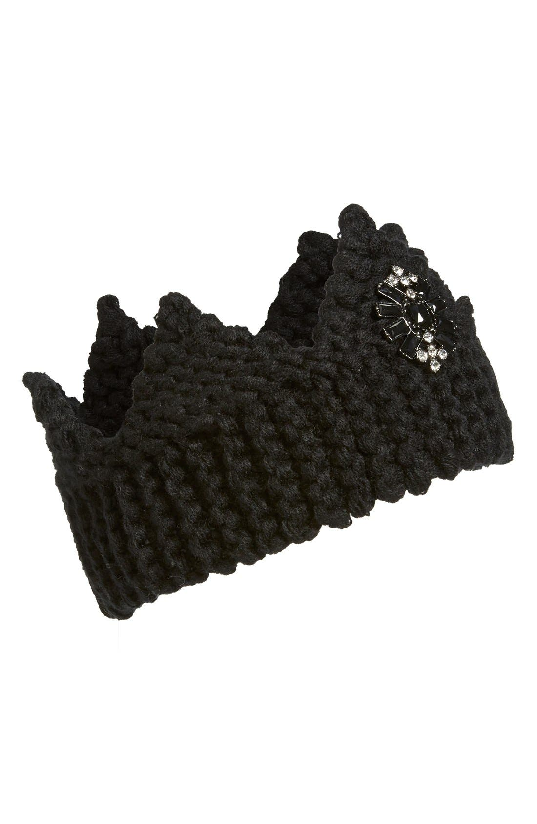 Main Image - Berry Knit Crown with Brooch