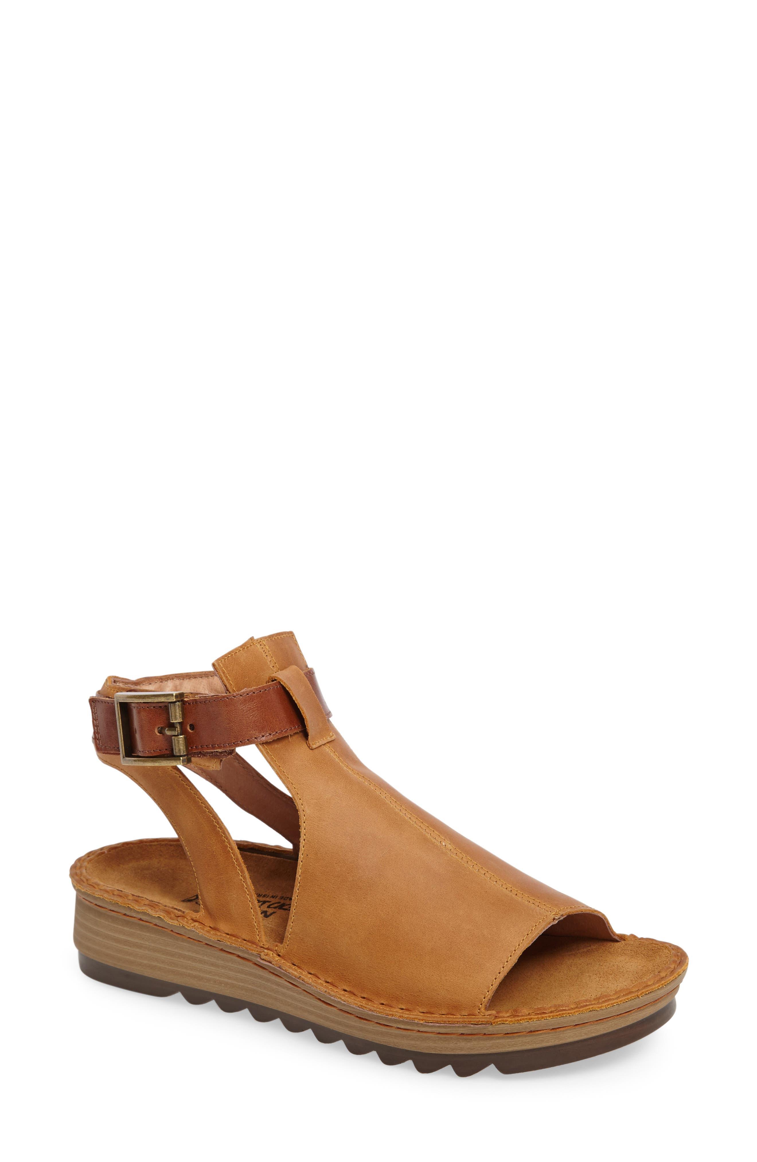Naot Verbena Sandal (Women)
