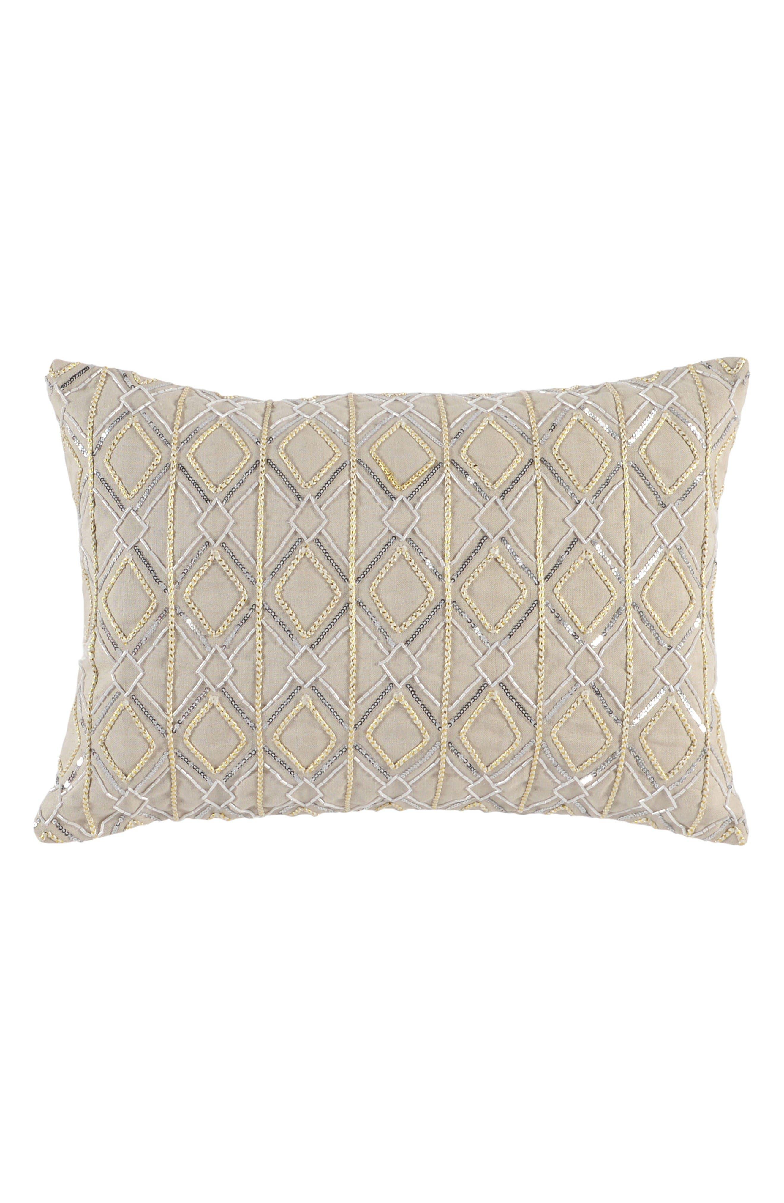 Villa Home Collection Aledo Accent Pillow