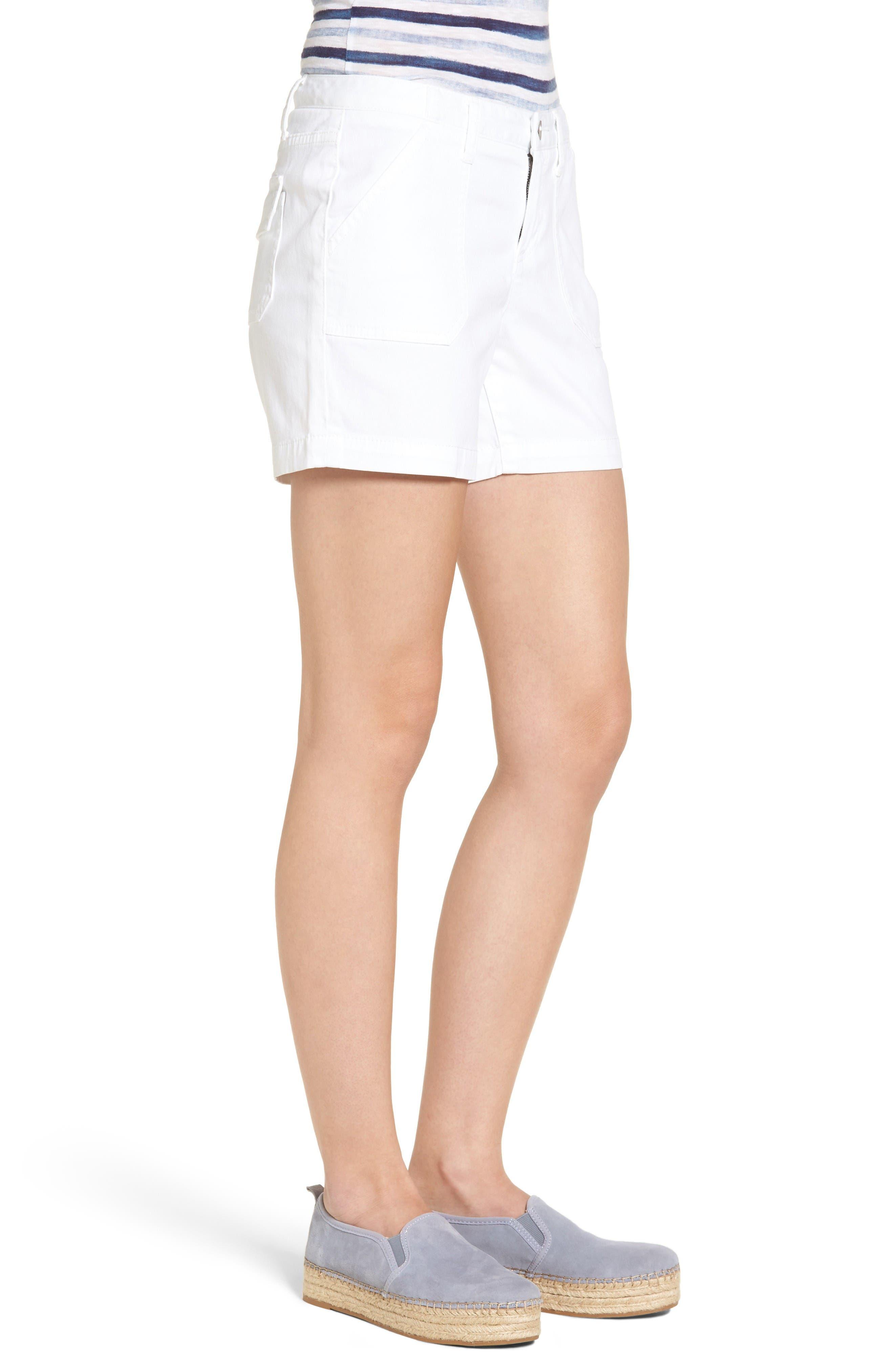 Alternate Image 4  - Caslon® Utility Shorts (Regular & Petite)