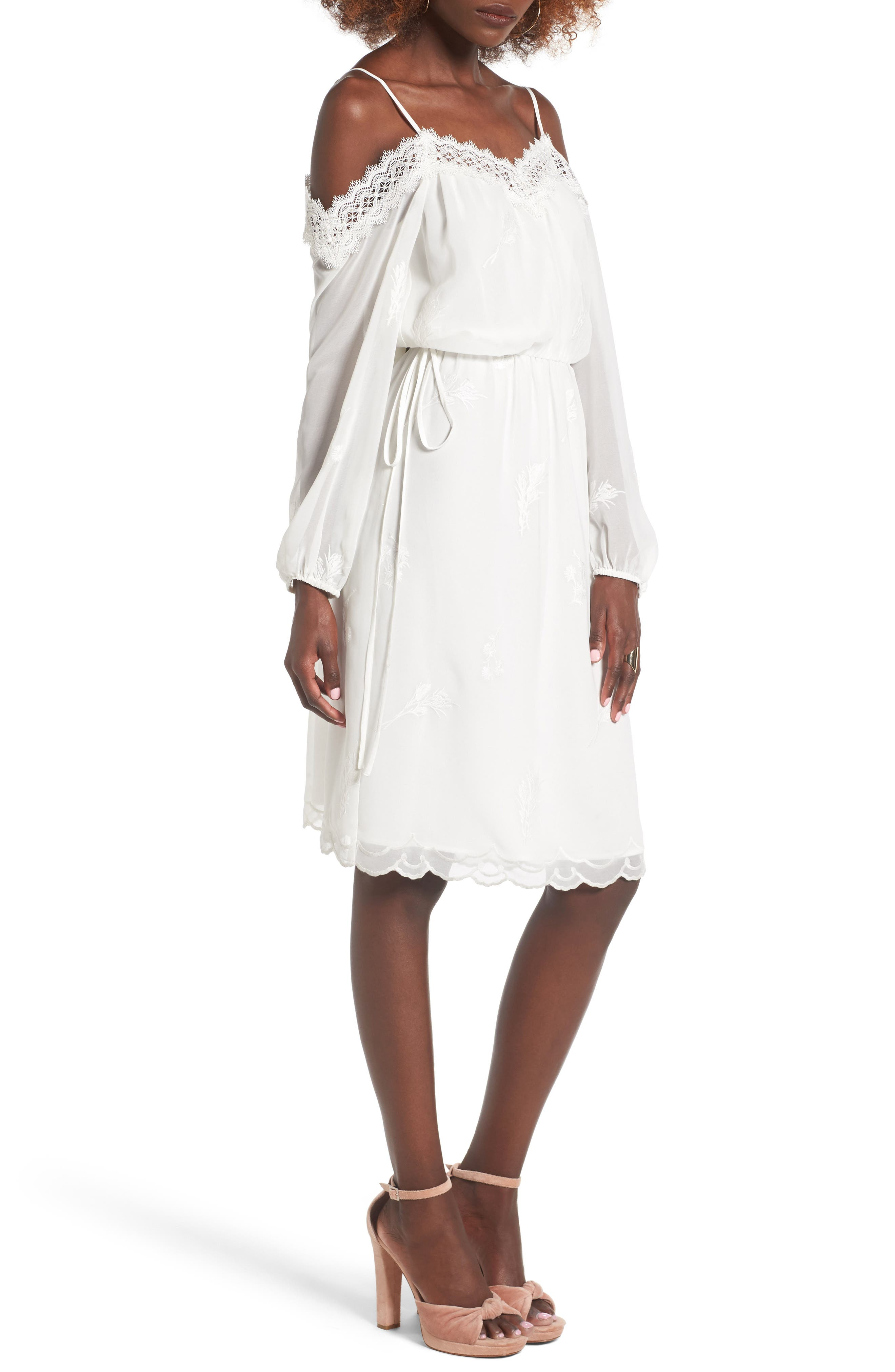 Main Image - Wayf Amelia Cold Shoulder Dress