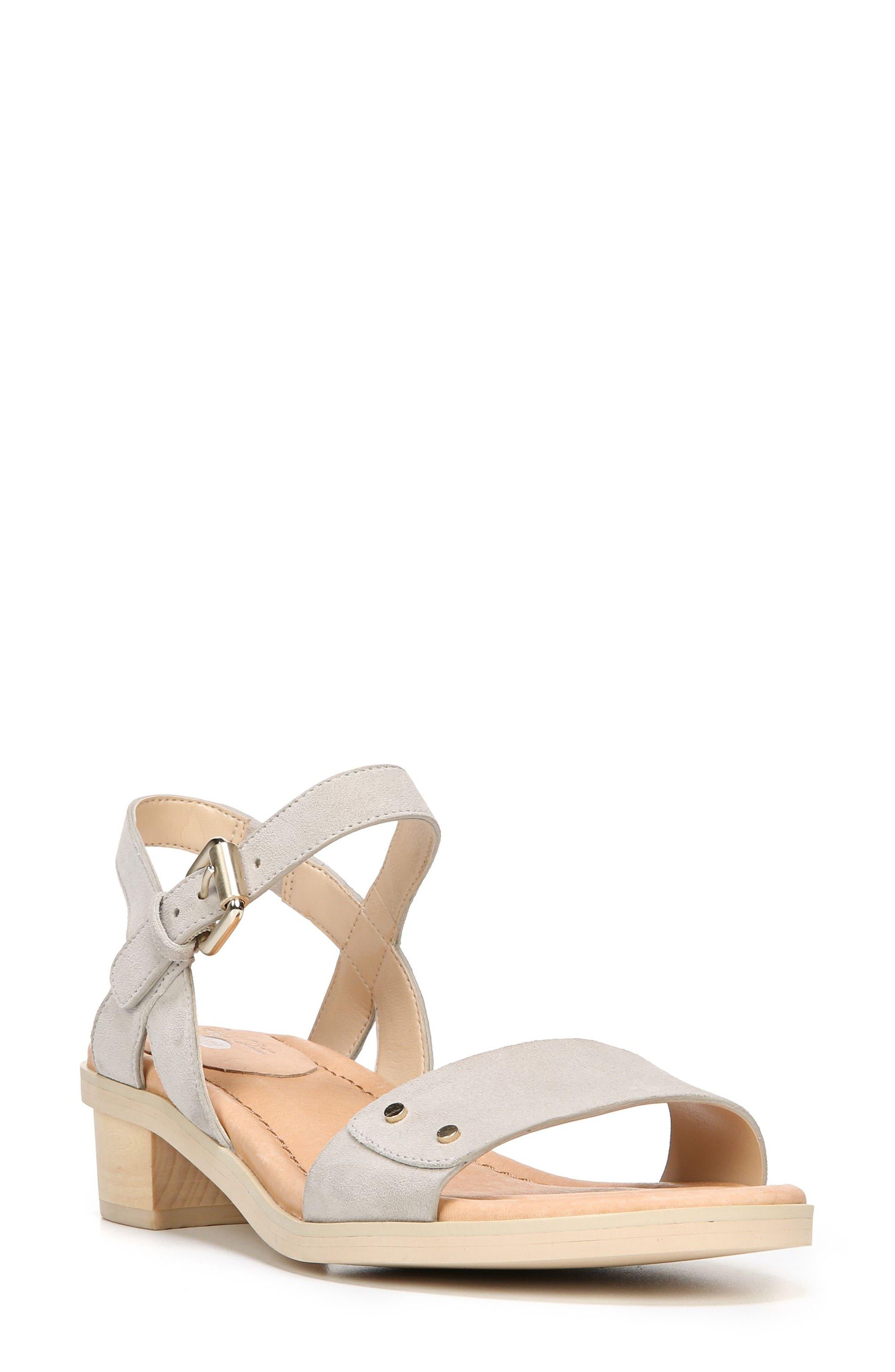 Dr. Scholl's Wynne Strappy Sandal (Women)
