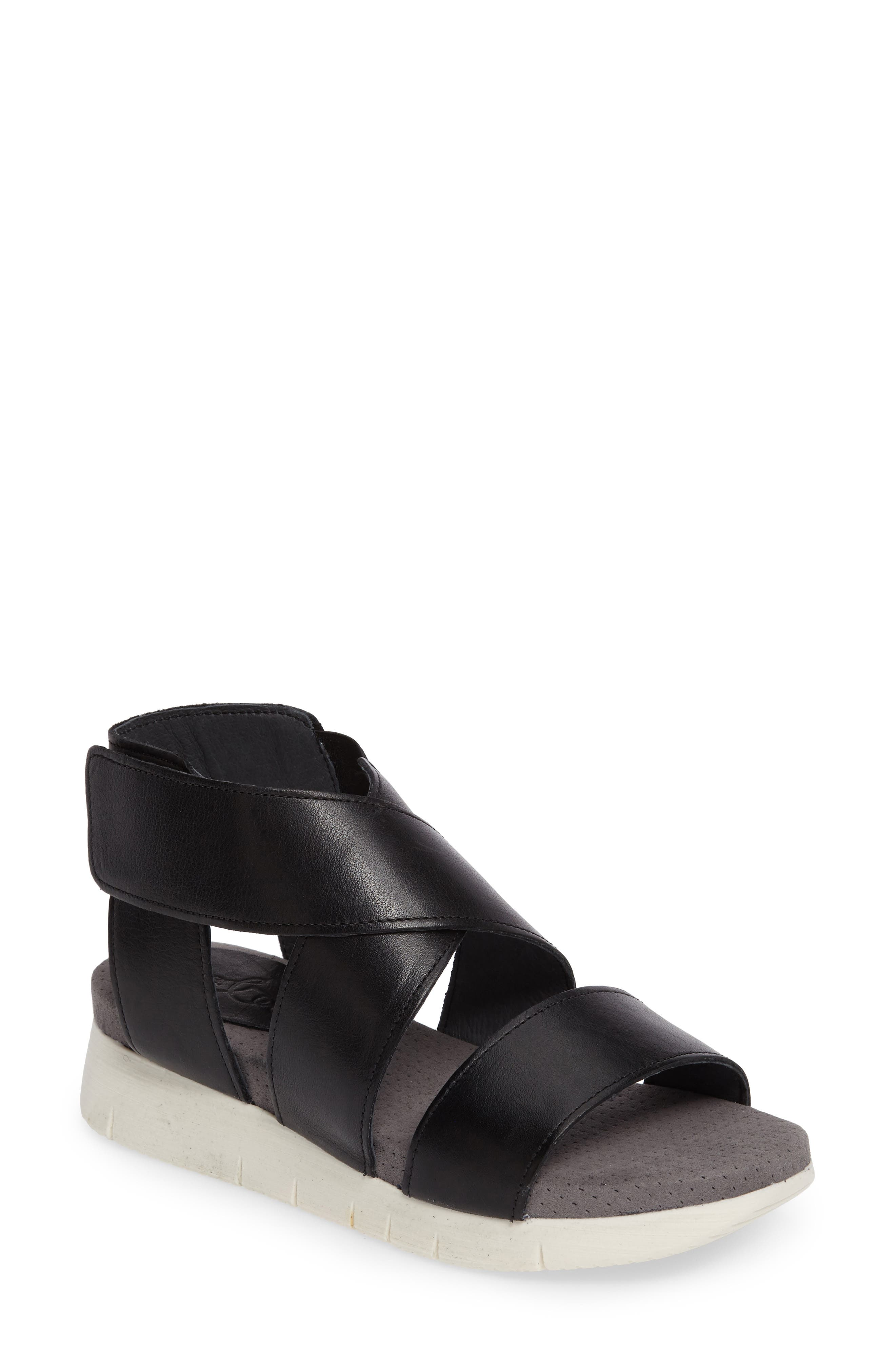 Bos. & Co. Piper Wedge Sandal (Women)